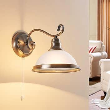 Elegant væglampe Frieda i klassisk stil