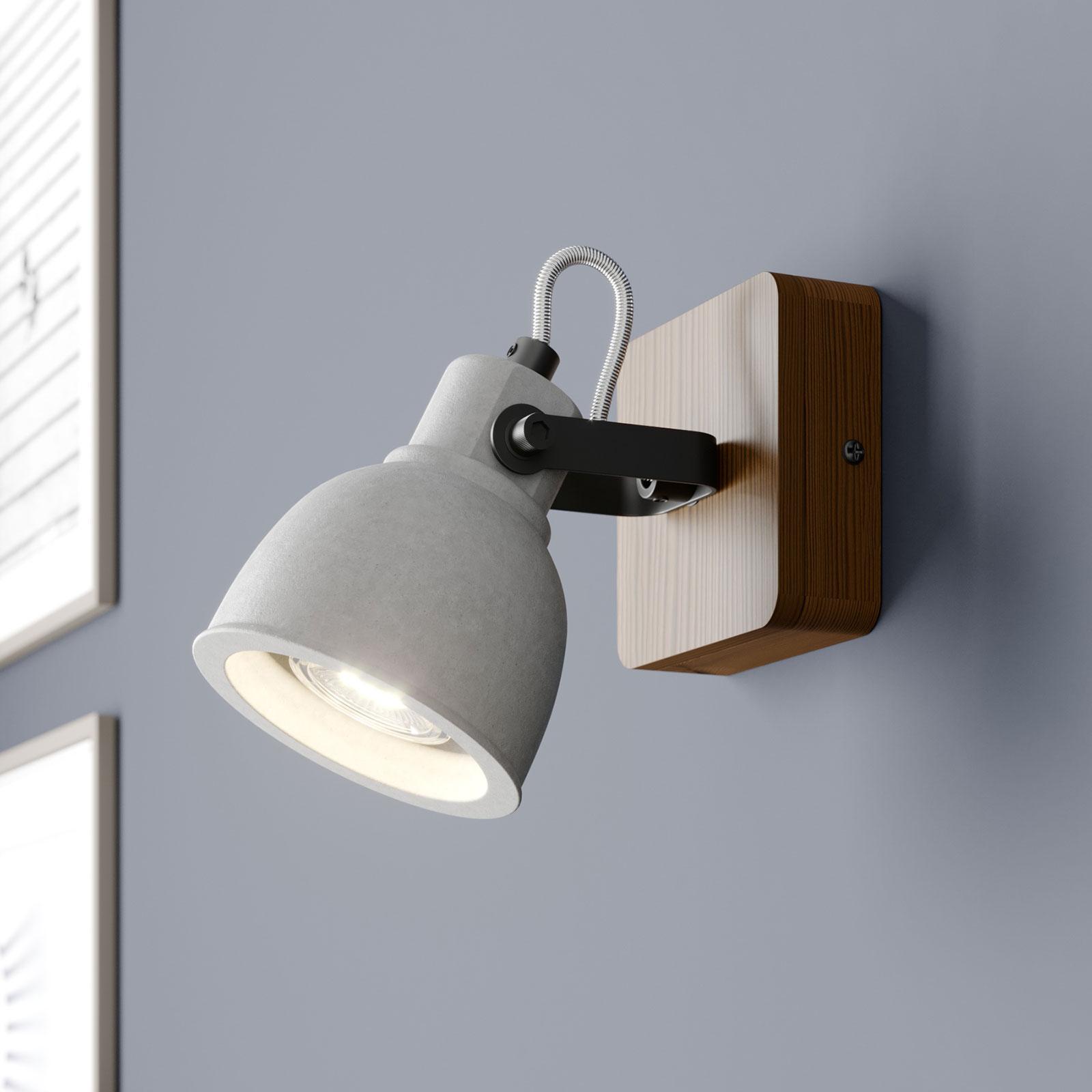 Lindby Mirka foco LED de madera y hormigón