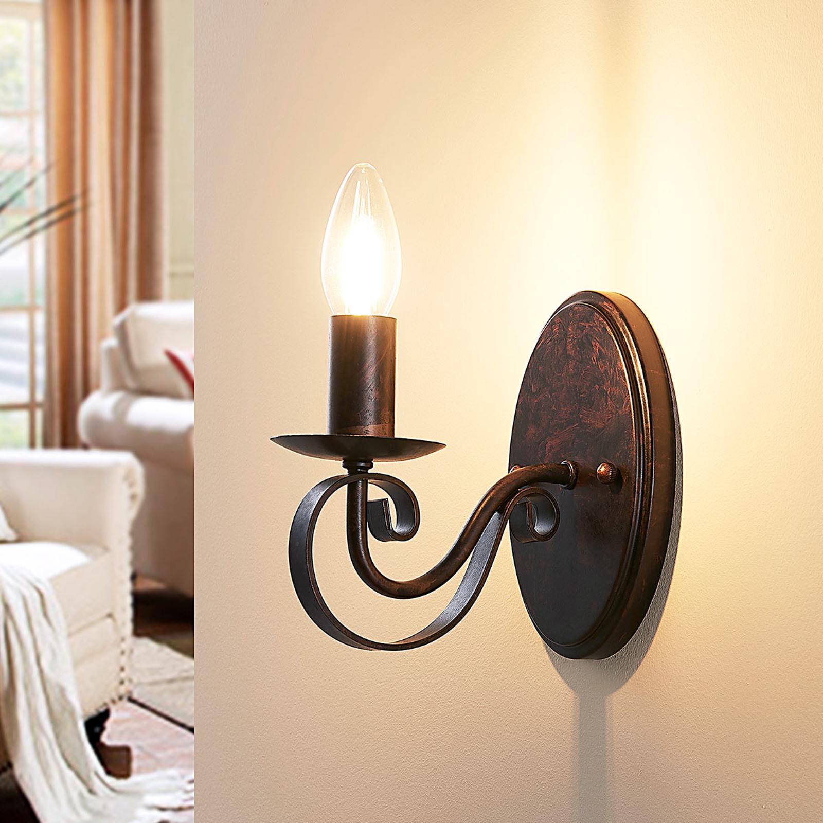 CALEB - rdzawa lampa ścienna w stylu dworkowym