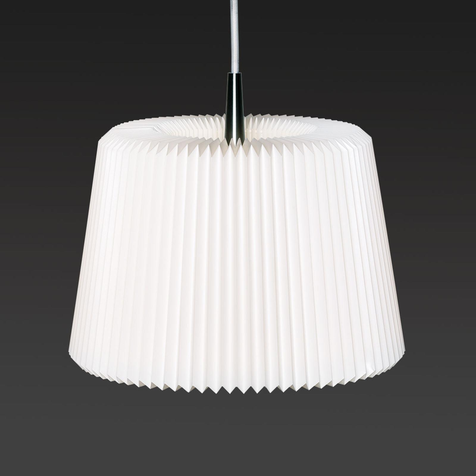 LE KLINT Snowdrop M - závěsné světlo z papíru