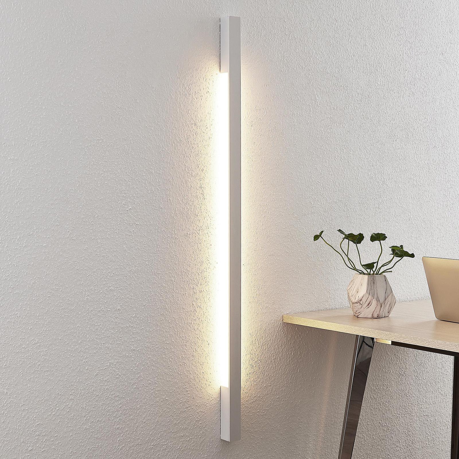 Arcchio Ivano -LED-seinävalaisin 130 cm, valkoinen