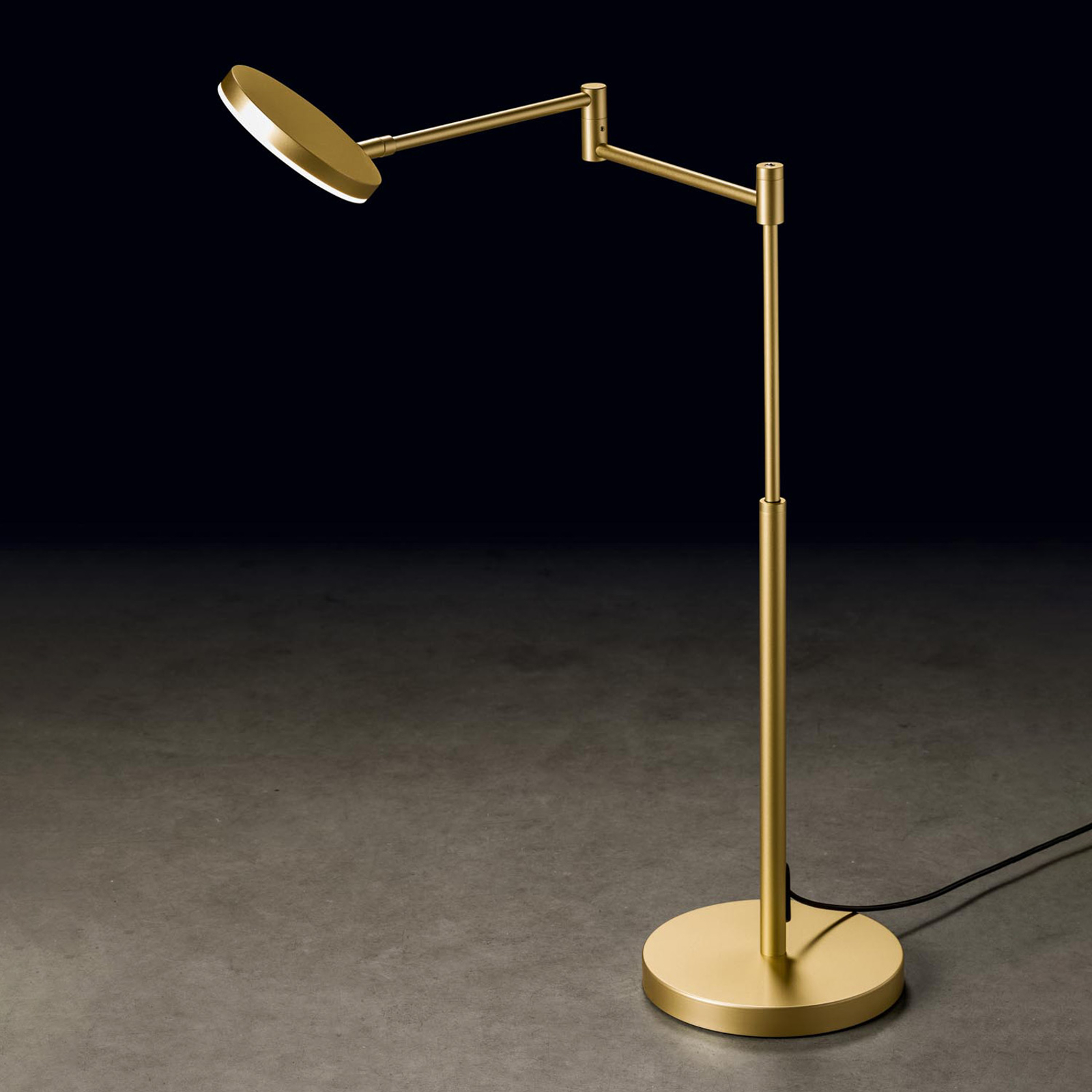 Holtkötter Plano T lampa stołowa LED mosiądz