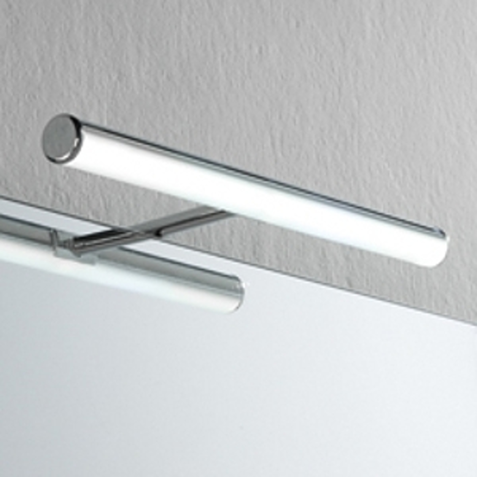 LED-Spiegelleuchte Irene S3, Schutzart IP44