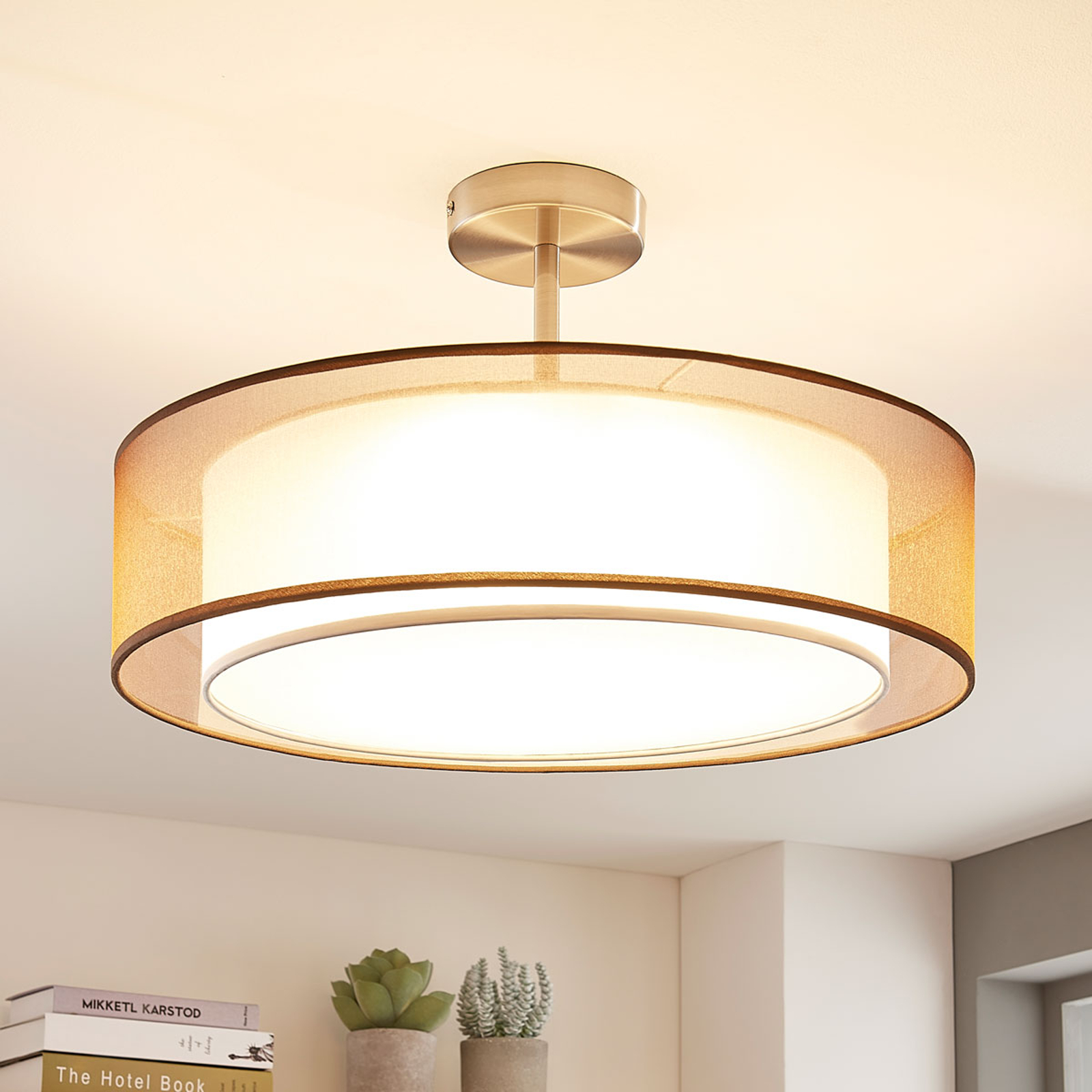Pikka LED-loftlampe, 3 trin dæmpbar, brun