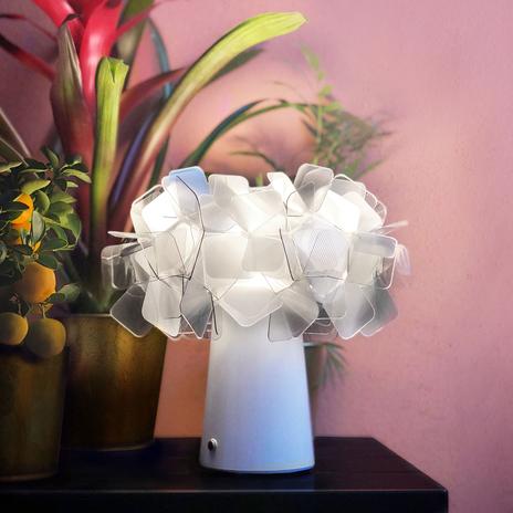 Slamp Clizia, lampa stołowa LED, akumulator, fumé
