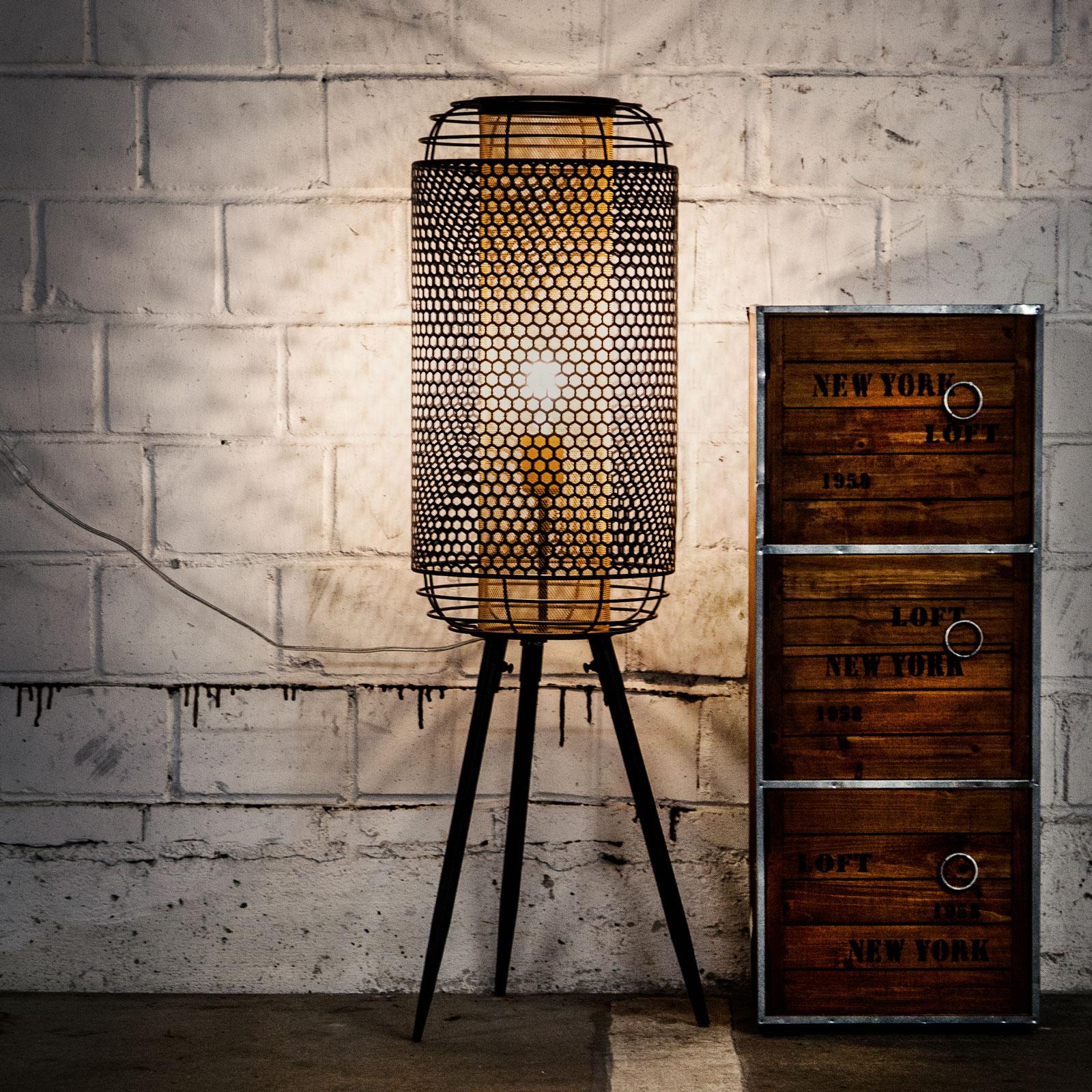 Denton standerlampe, trebenet, metalskærm
