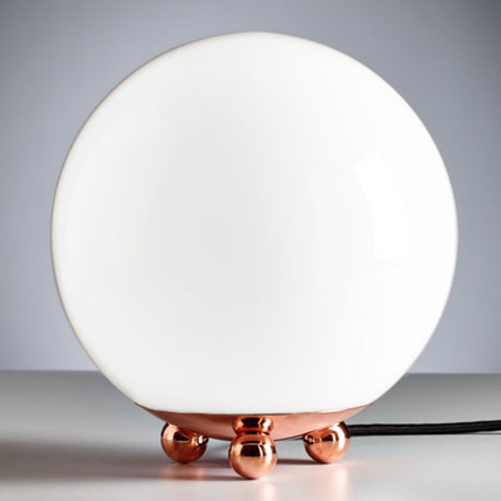 Tafellamp in Art Deco Stijl uit Frankrijk koper
