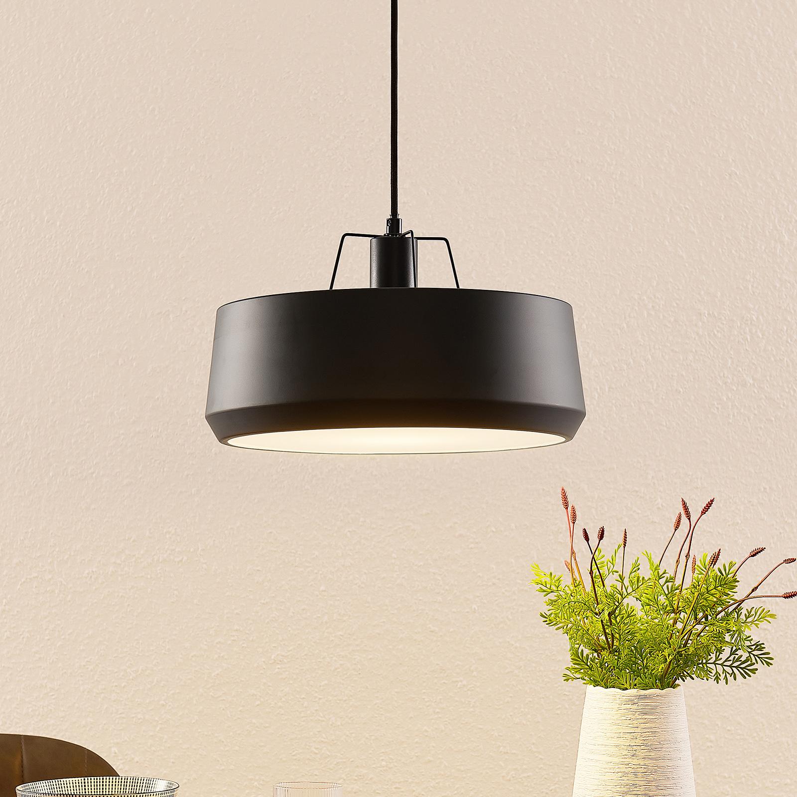 Lindby Timbola lampa wisząca z metalu czarna