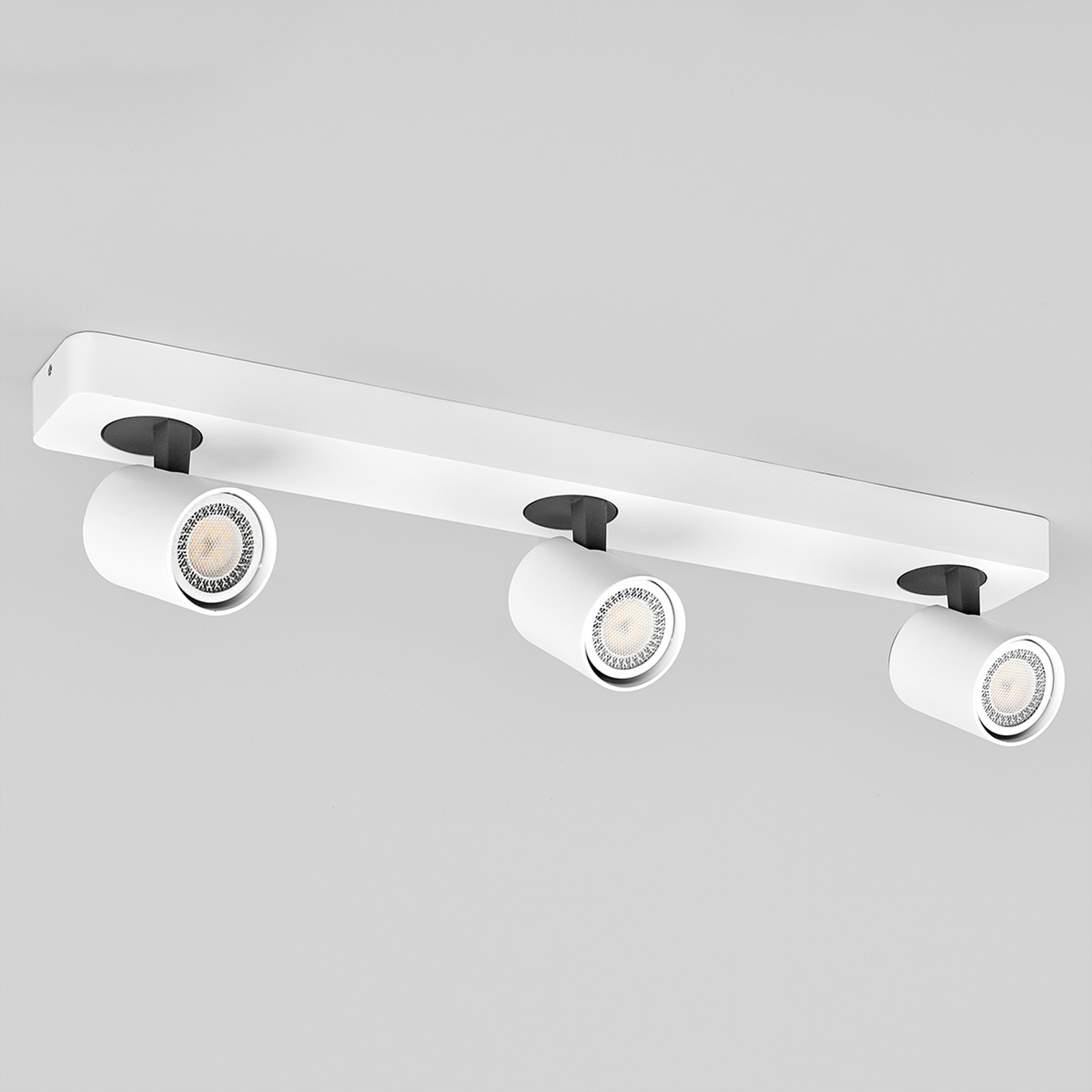 Hvitt LED-spotlys Sean med tre lys