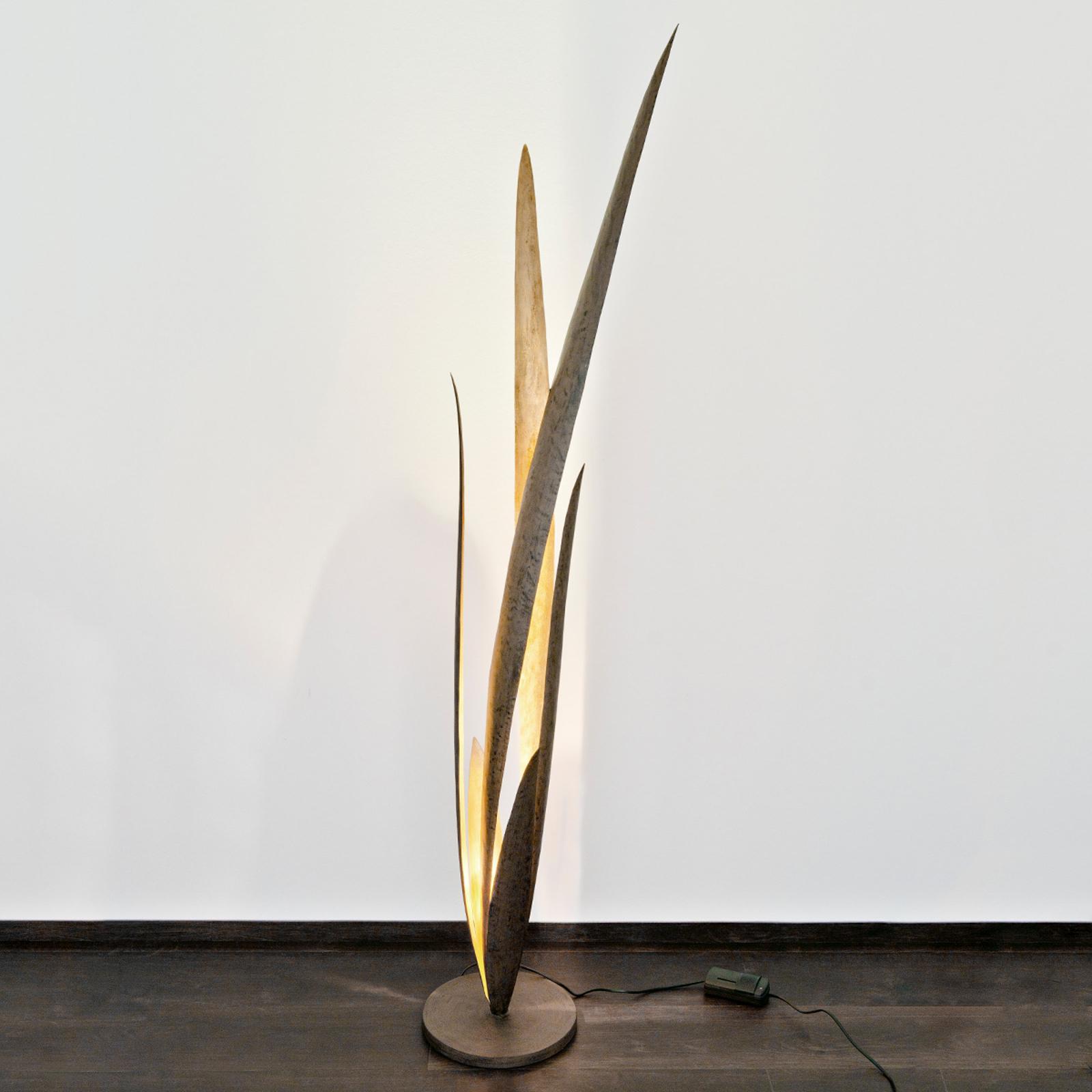 Palustre – ozdobna lampa stojąca
