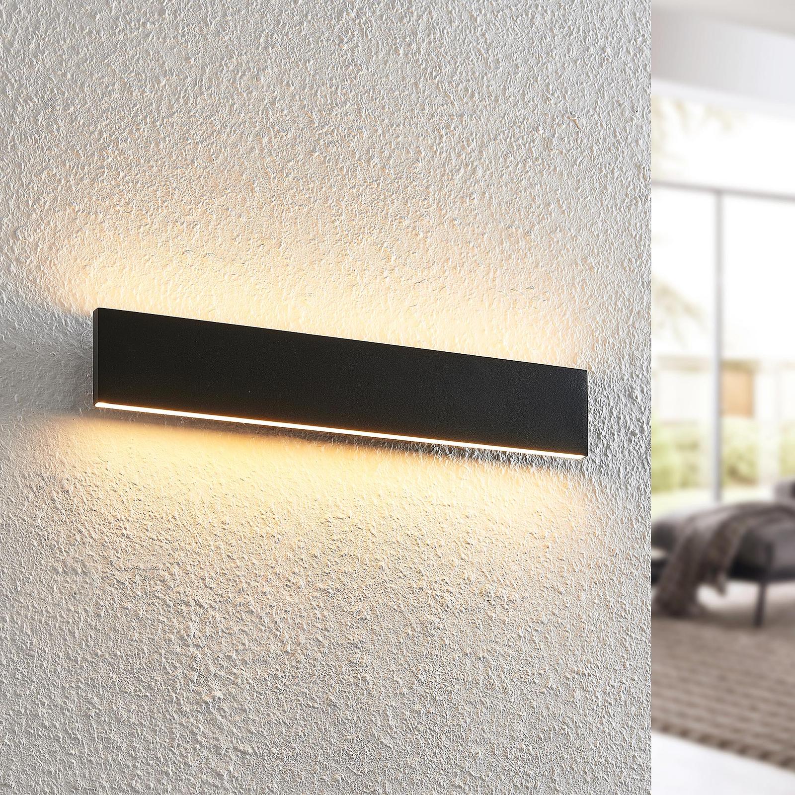Lindby Ignazia LED-vegglampe, 47 cm, svart