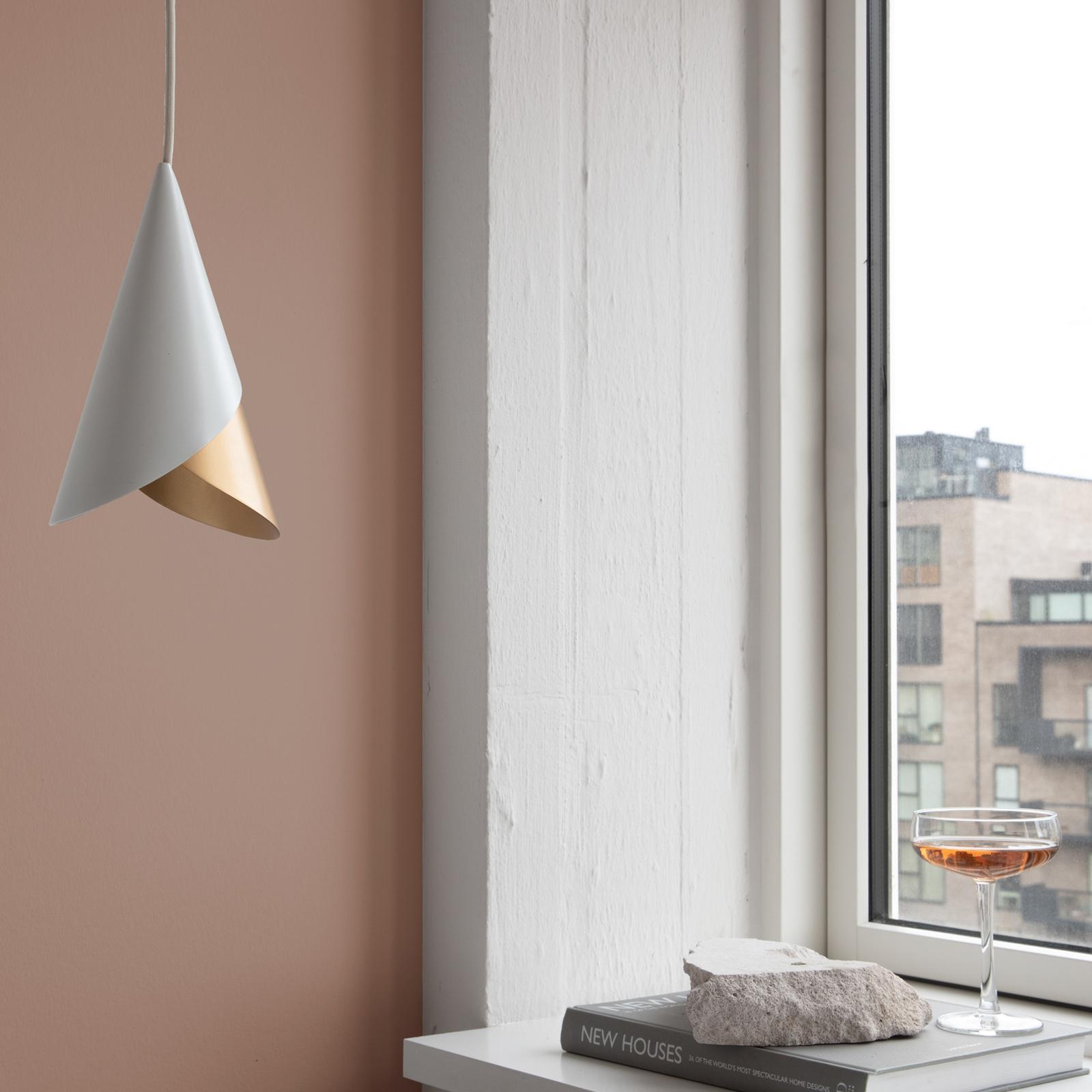 UMAGE Cornet lampa wisząca biała/mosiądz