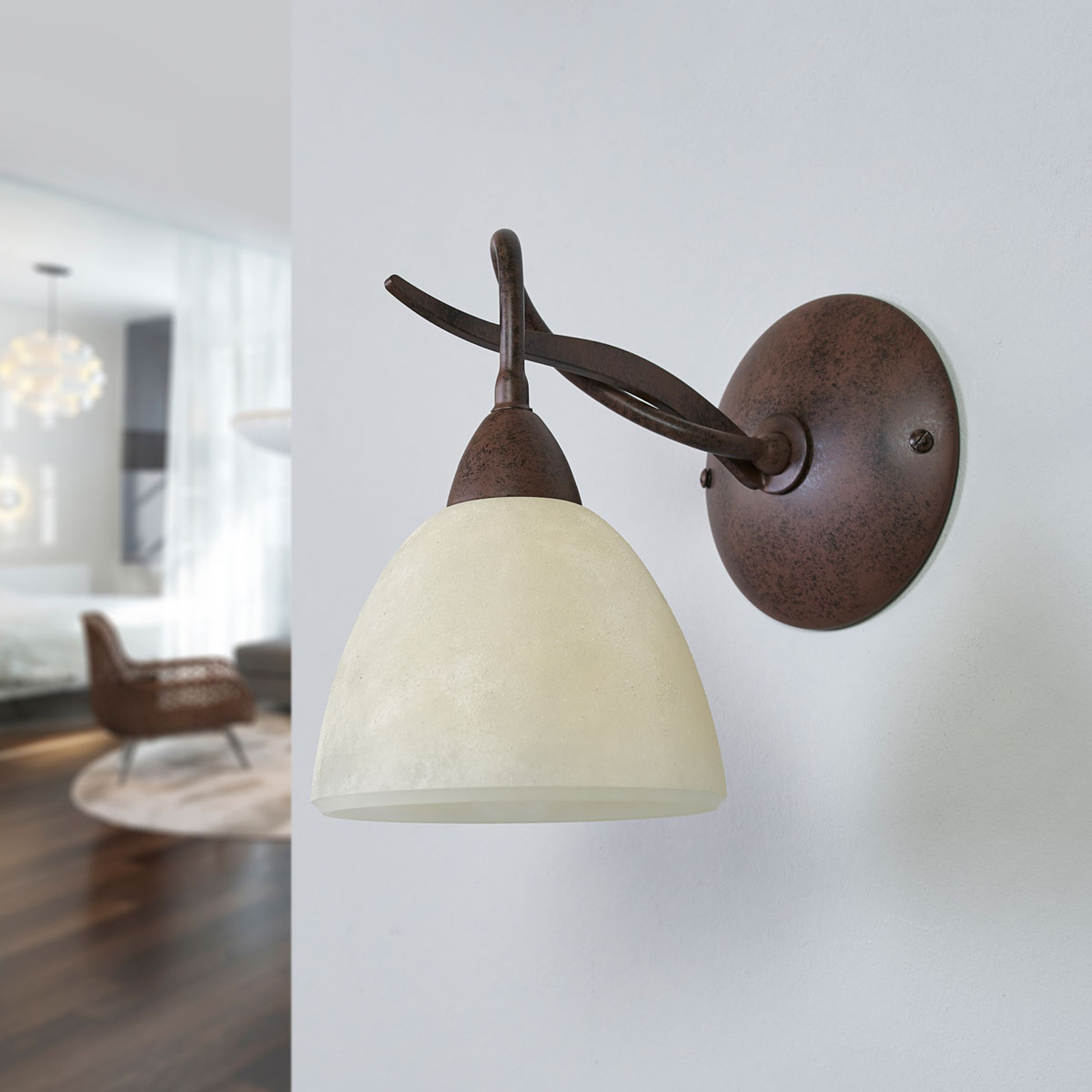 Vegglampe Samuele i landlig stil, scavoglass