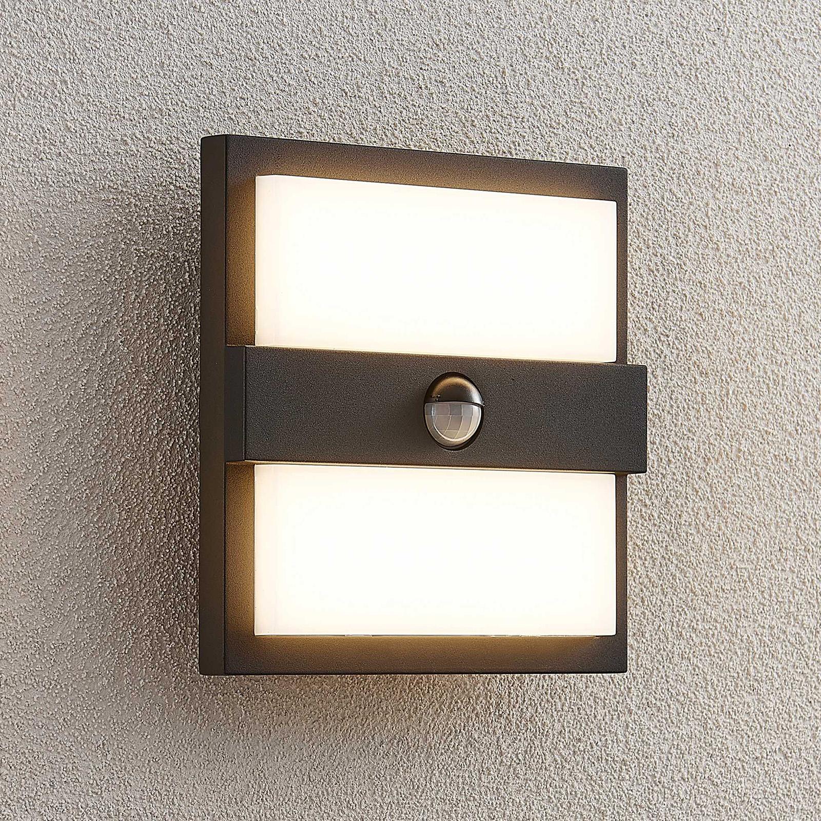 Lucande Gylfi LED-vägglampa kvadratisk med sensor
