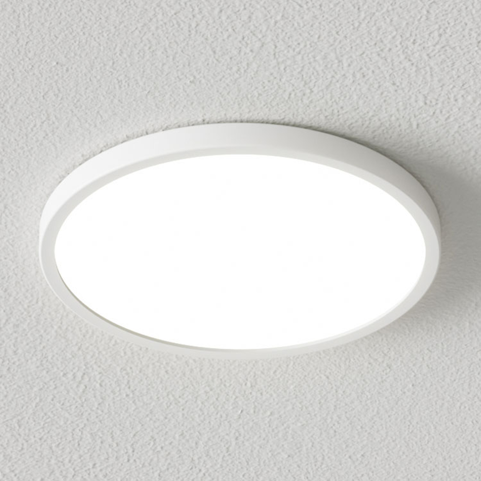 Dimmable LED ceiling lamp Solvie in white_9621703_1