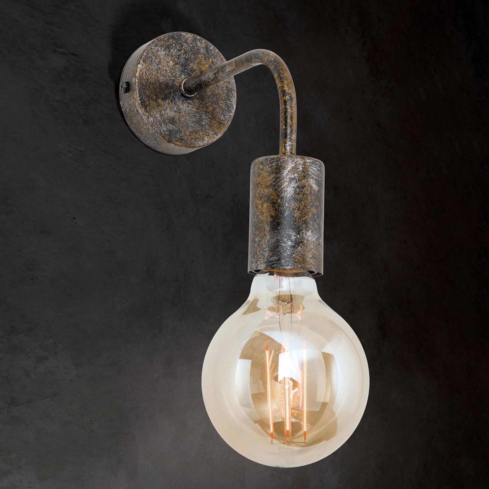 Vegglampe Rati i vintagestil.