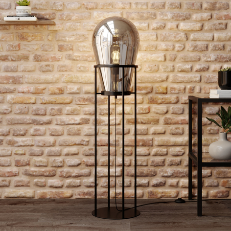 Lucande Viyan floor lamp with a glass balloon