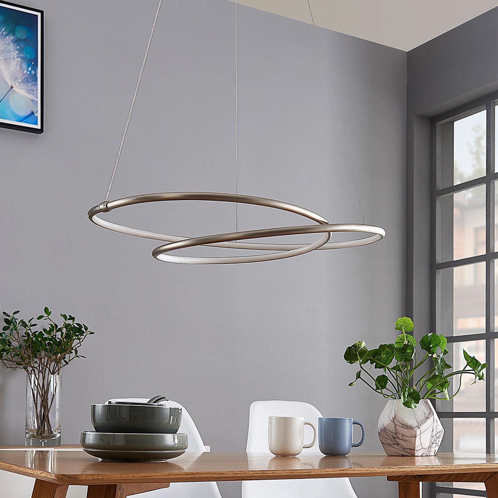 Mirasu – graciös LED taklampa, nickel