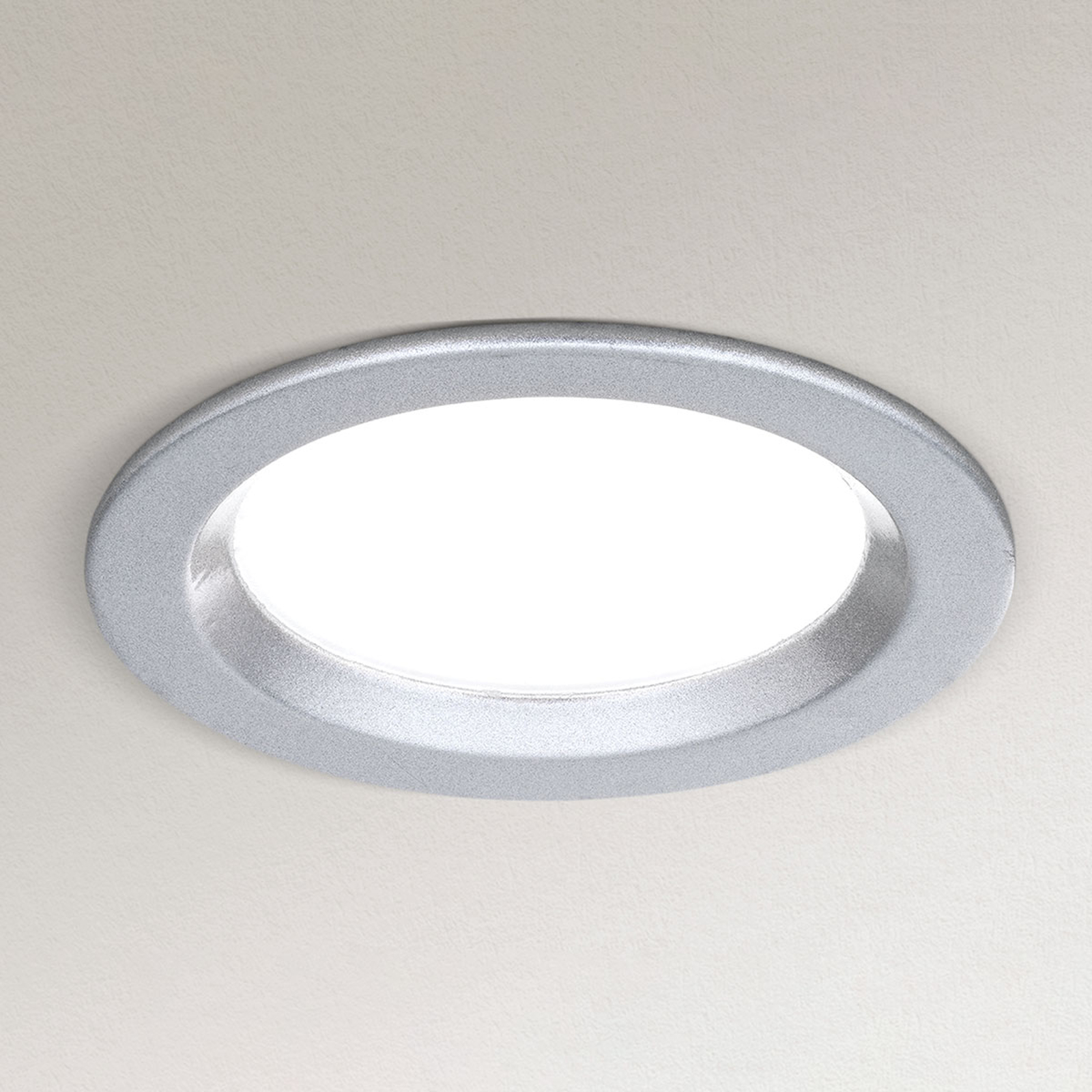 Dimmbare LED-Einbauleuchte Spock Ø 9 cm silber