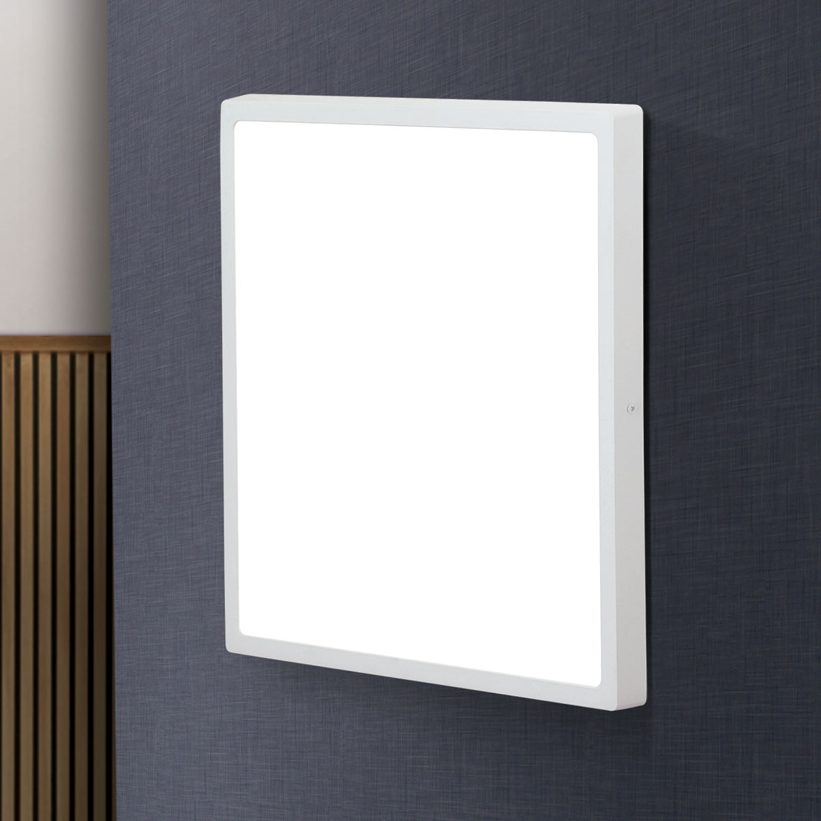 Plafonnier LED Lero angulaire 40 x 40cm