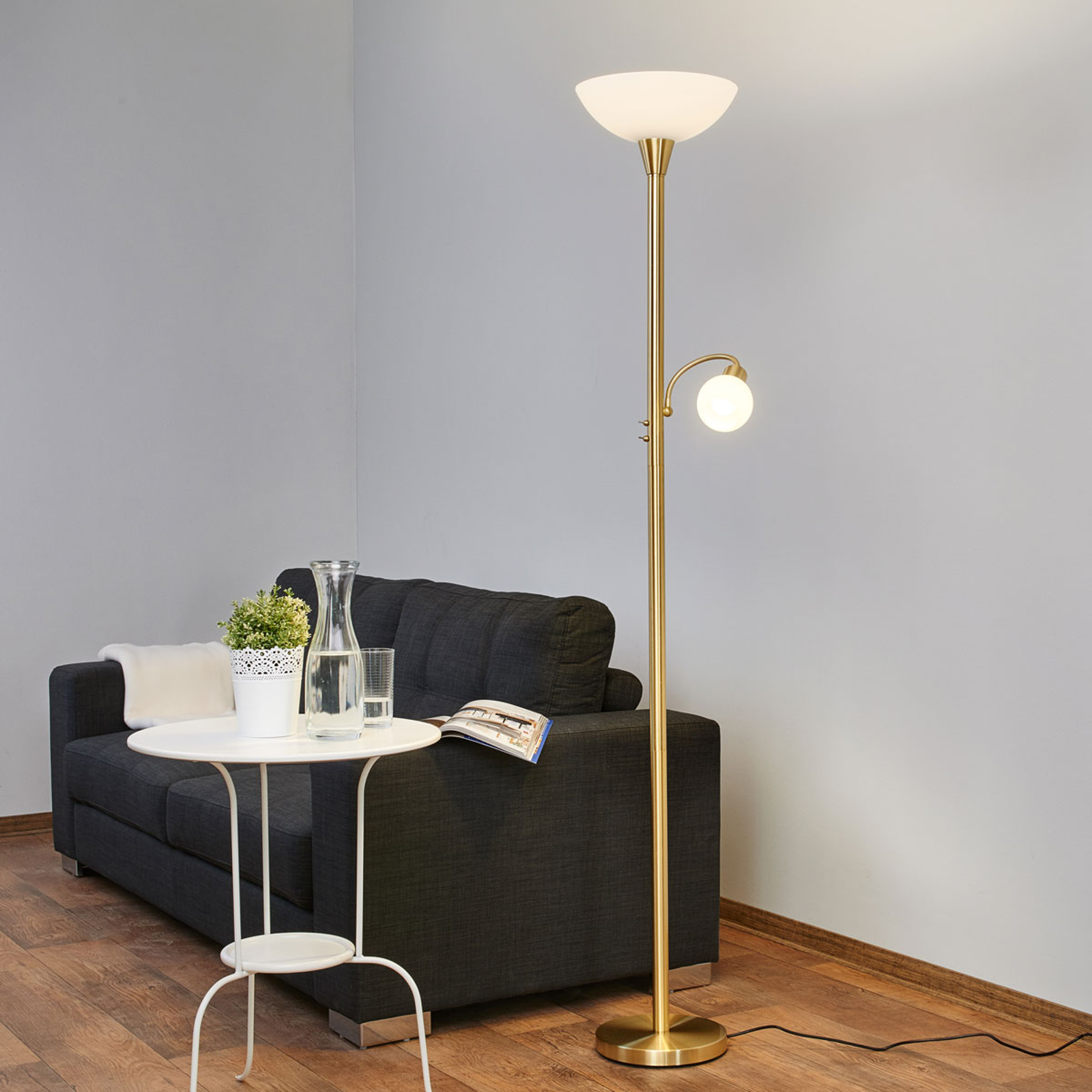 LED-Deckenfluter Elaina mit Leselicht, messing