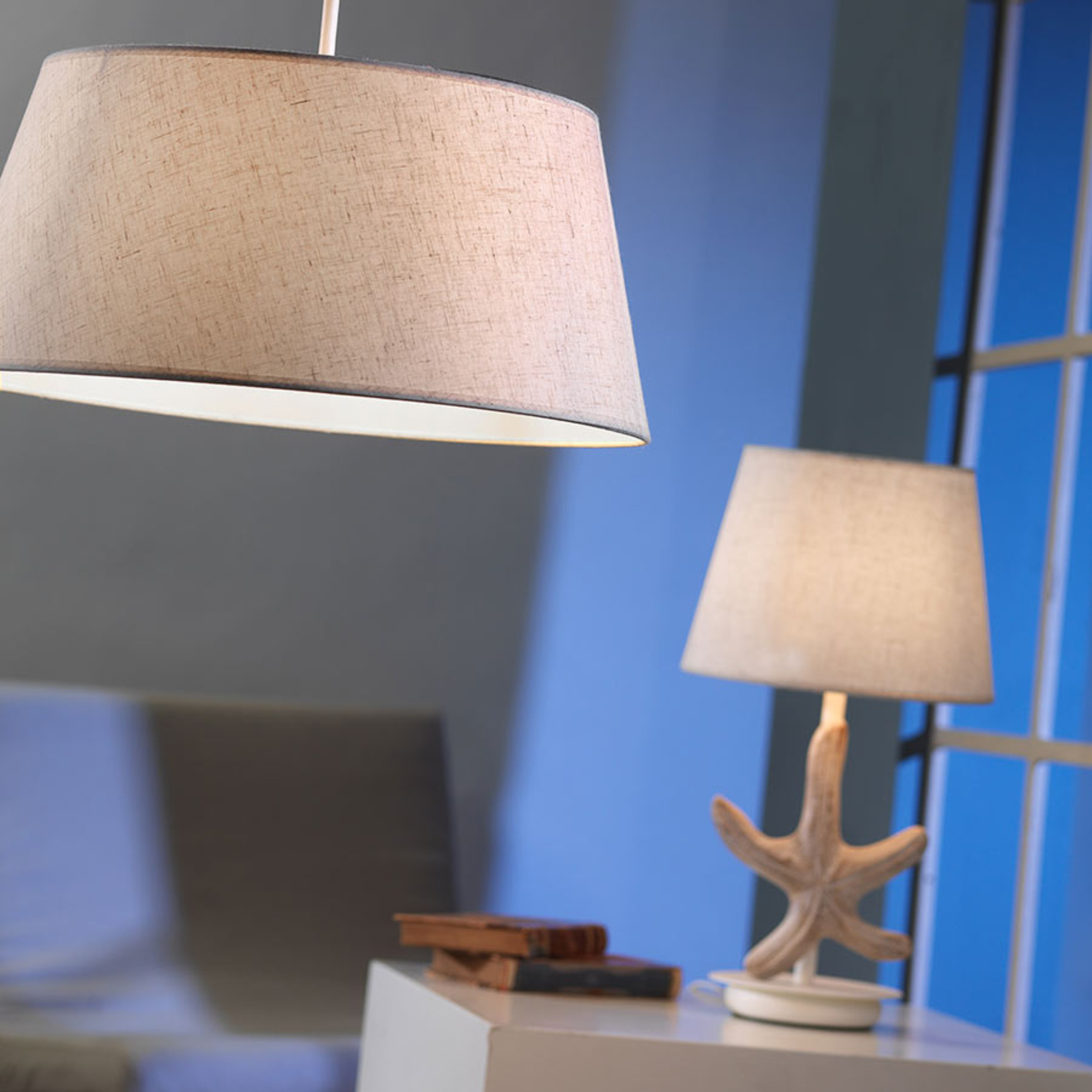Tafellamp Stellina, stoffen kap, zeester-decoratie