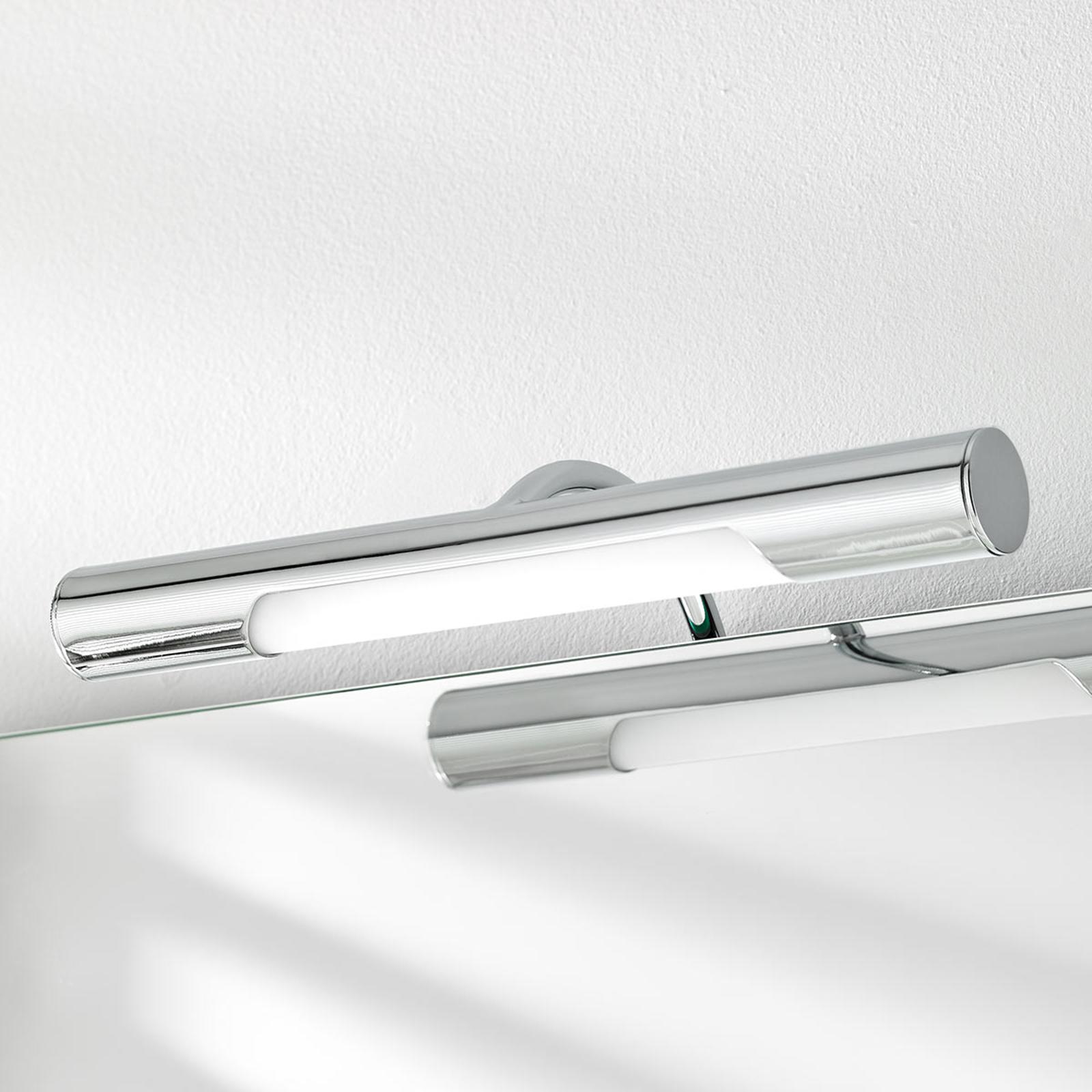 Andrea – LED-spegellampa för badrummet