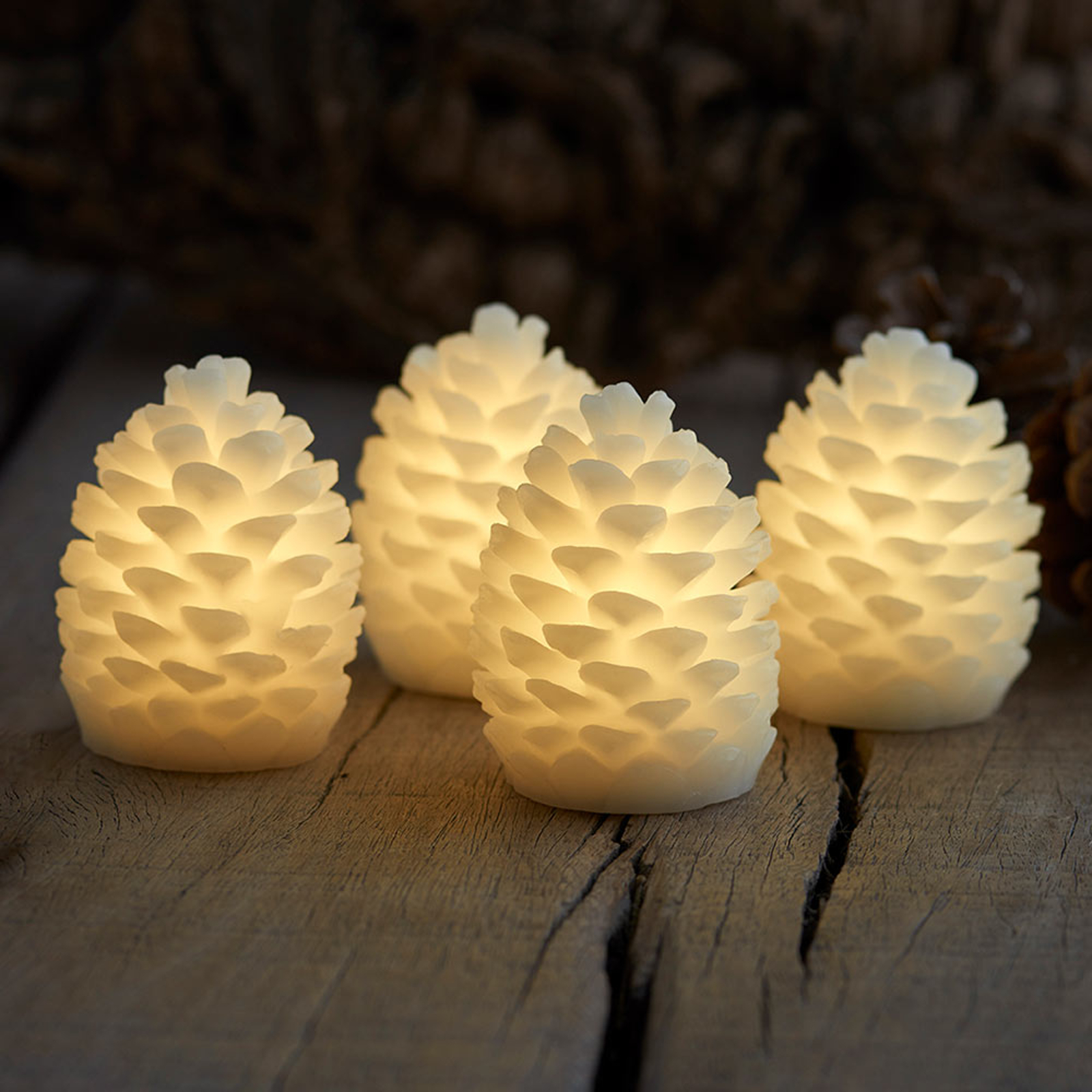 Clara LED candle, height 7.5 cm, set of four_8577264_1
