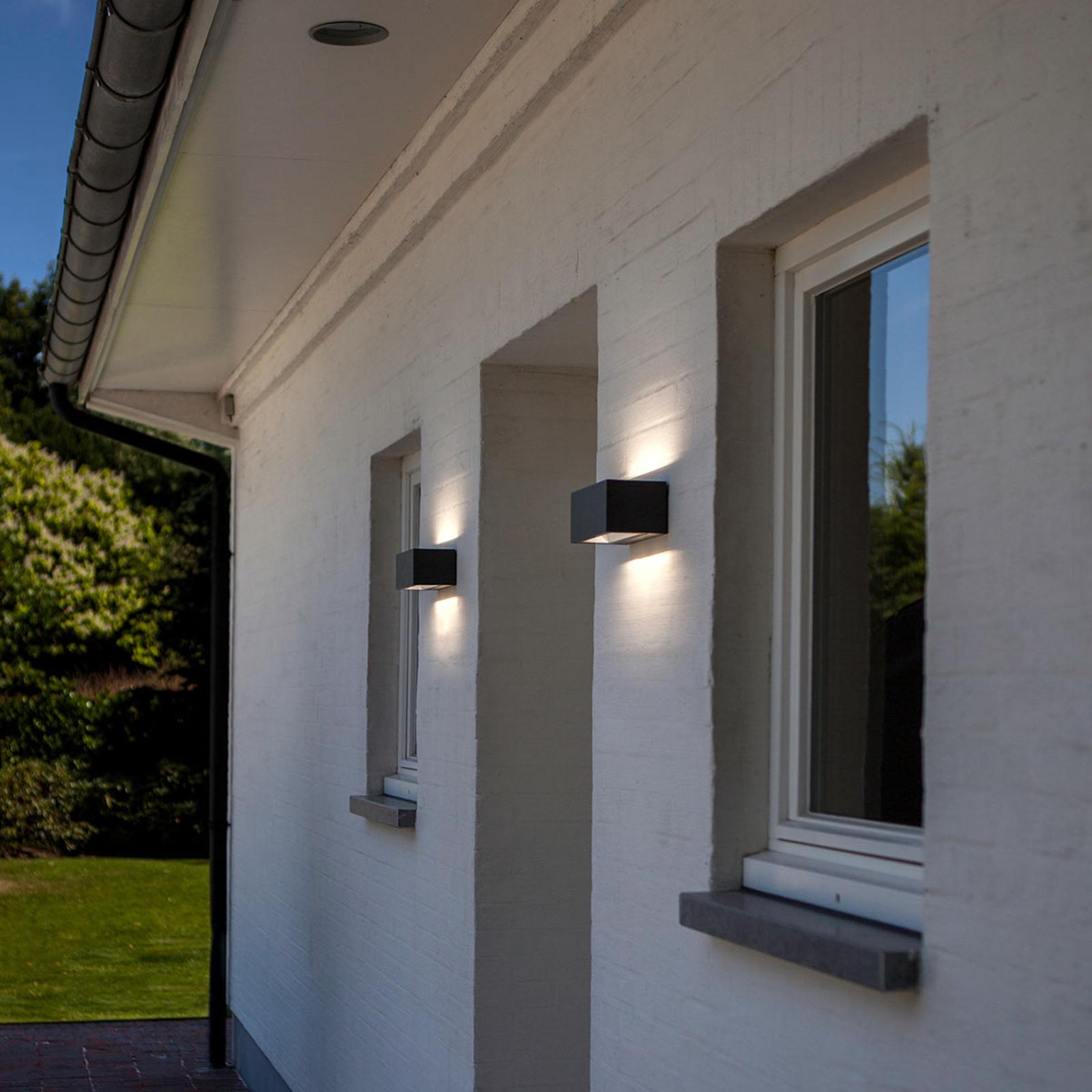 Moderni LED-ulkoseinävalaisin Nomra IP54