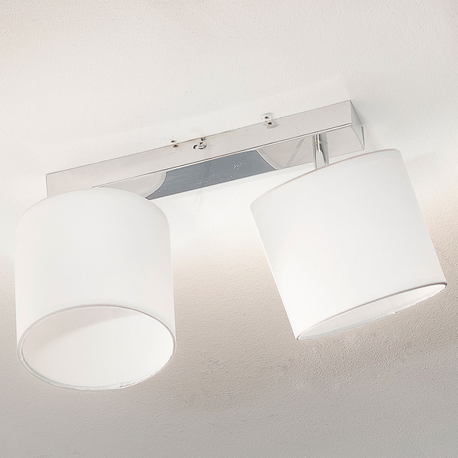 Stropní lampa Sandra 2 žárovky, bílá