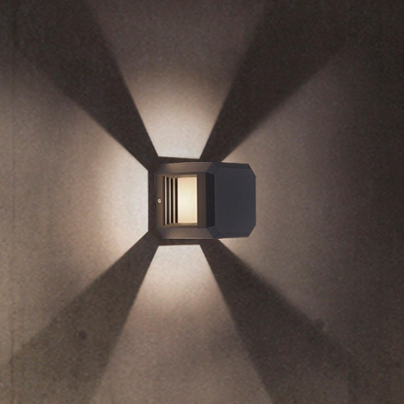 Würfelförmige LED-Außenwandleuchte Logone