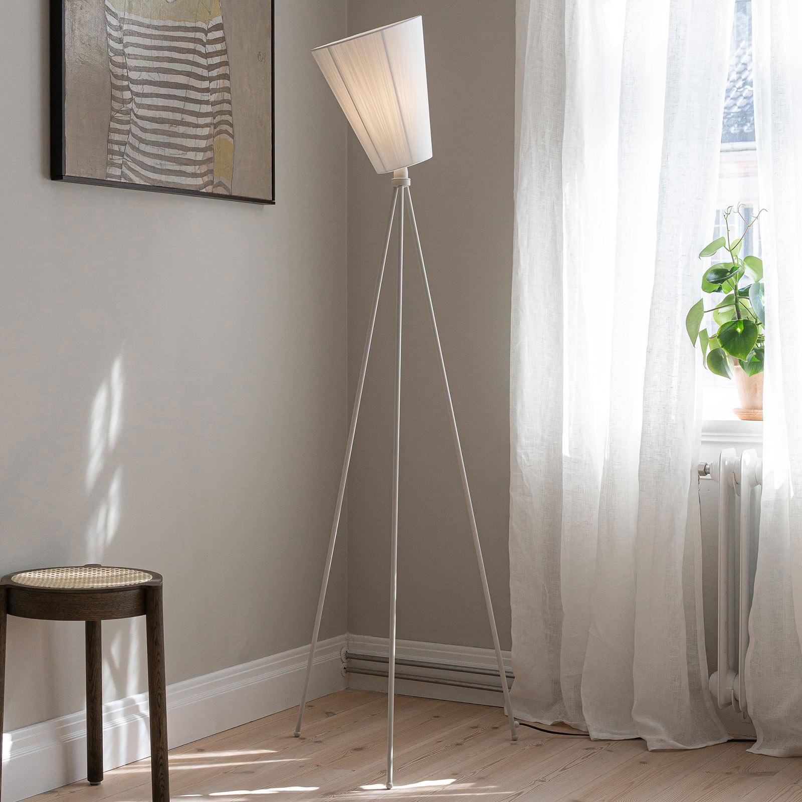 Northern Oslo Wood lámpara de pie blanco/blanco