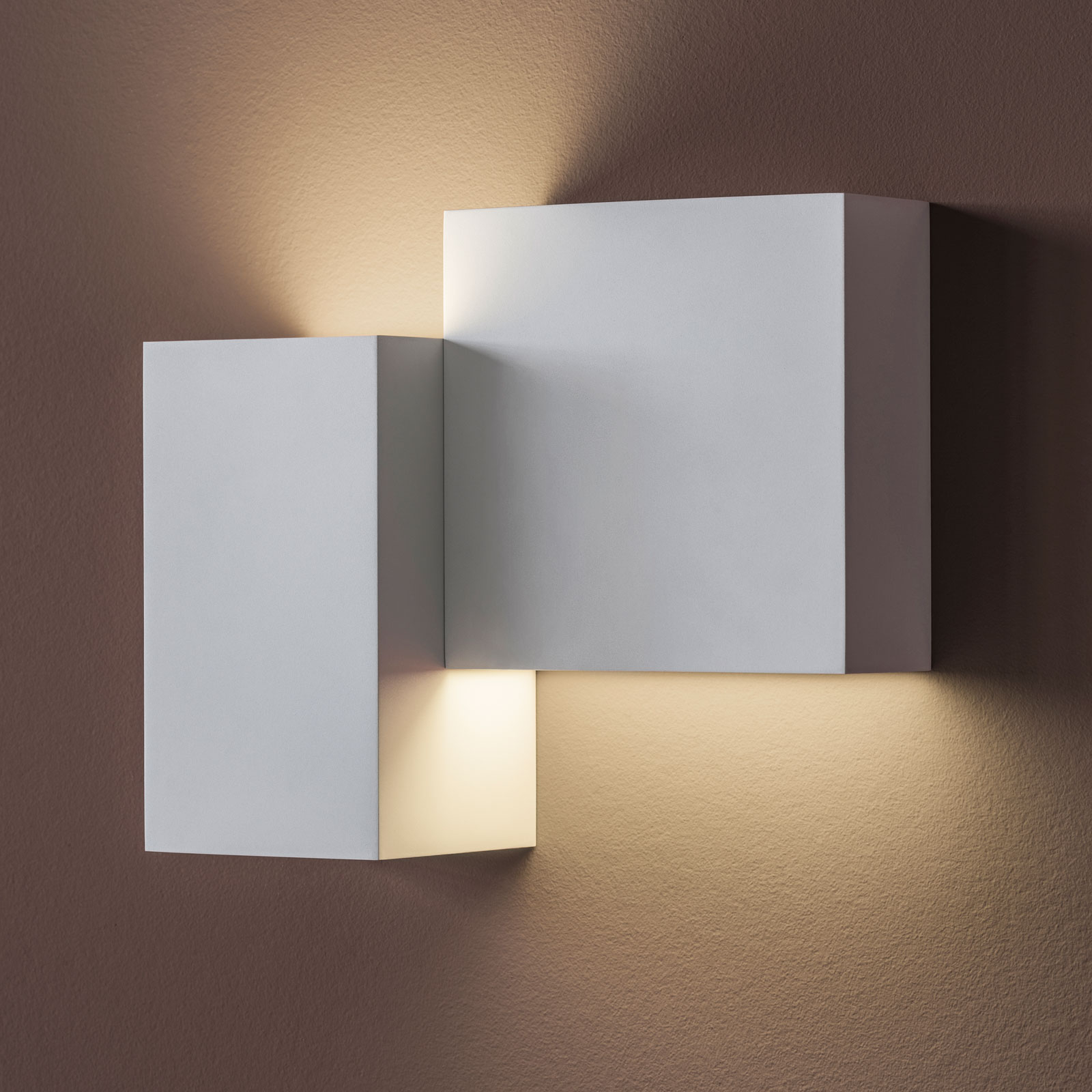 Vibia Structural 2602 LED-vegglampe, lysegrå