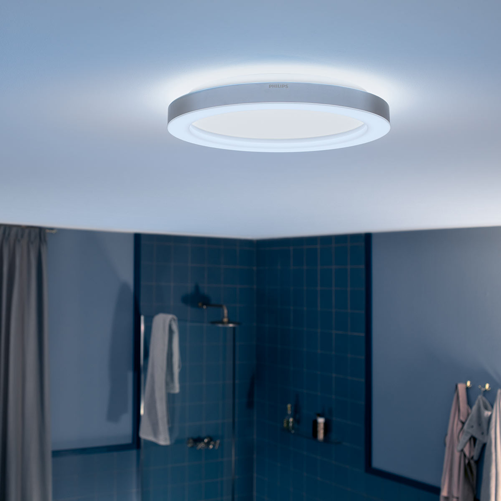 Philips Hue White Ambiance Adore Bad-Deckenlampe