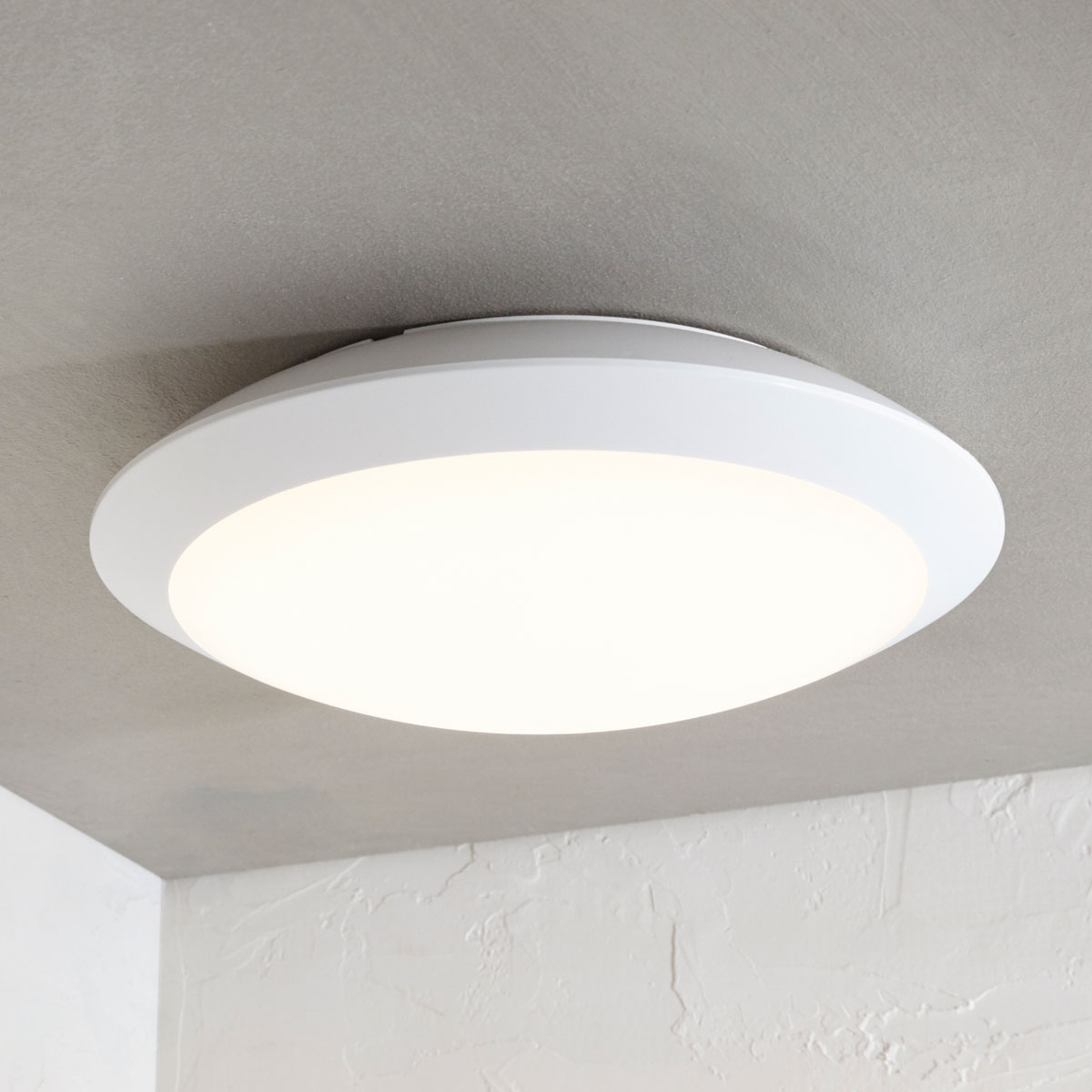 Utendørs LED-taklampe Naira, hvit, uten sensor