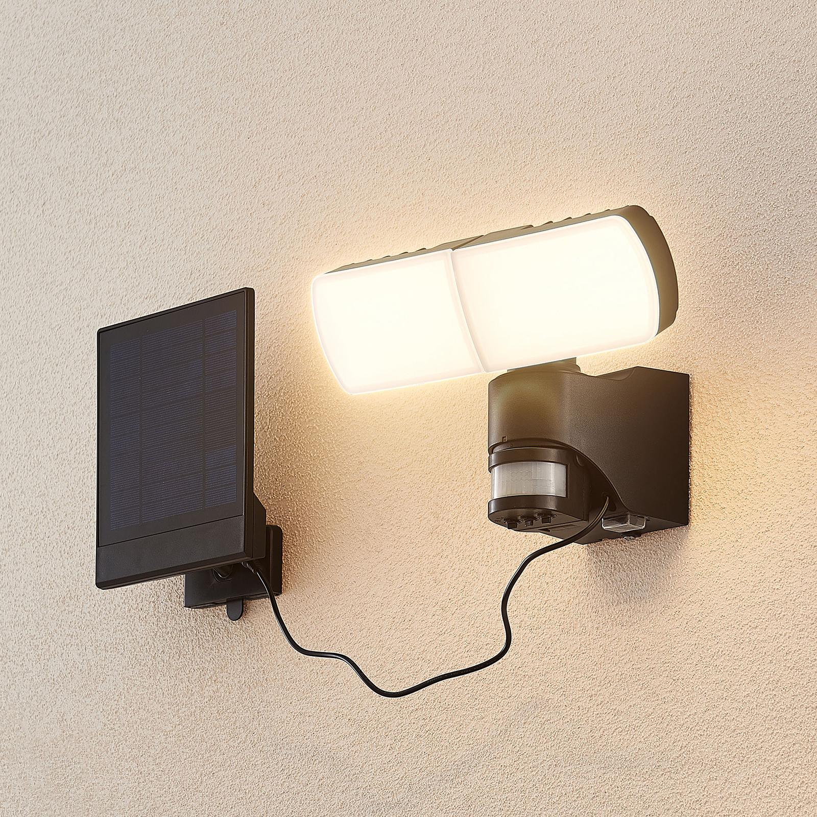 Arcchio Lissano LED-Solar-Wandstrahler mit Sensor
