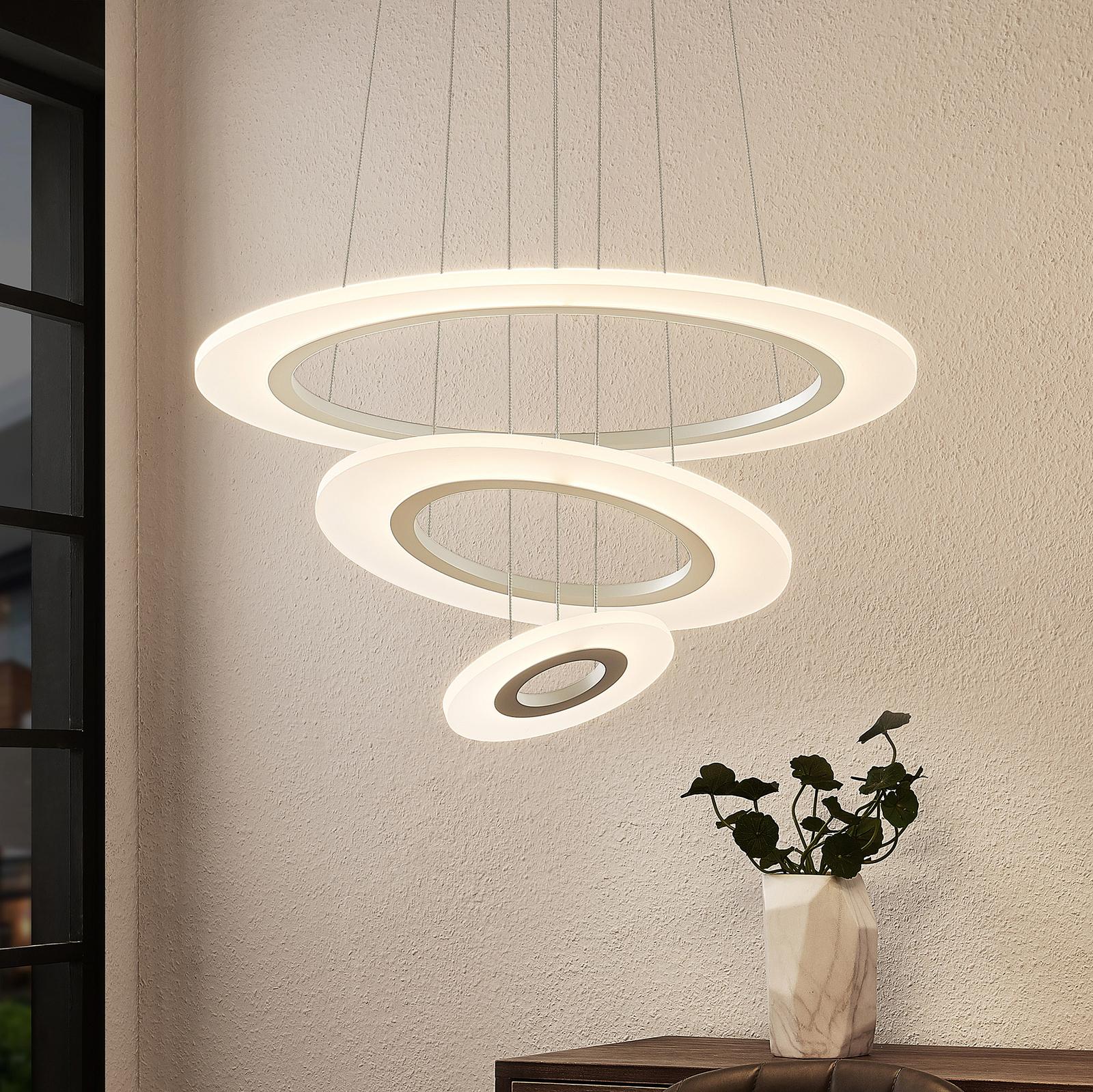 Lindby Amisu LED-hengelampe med tre ringer
