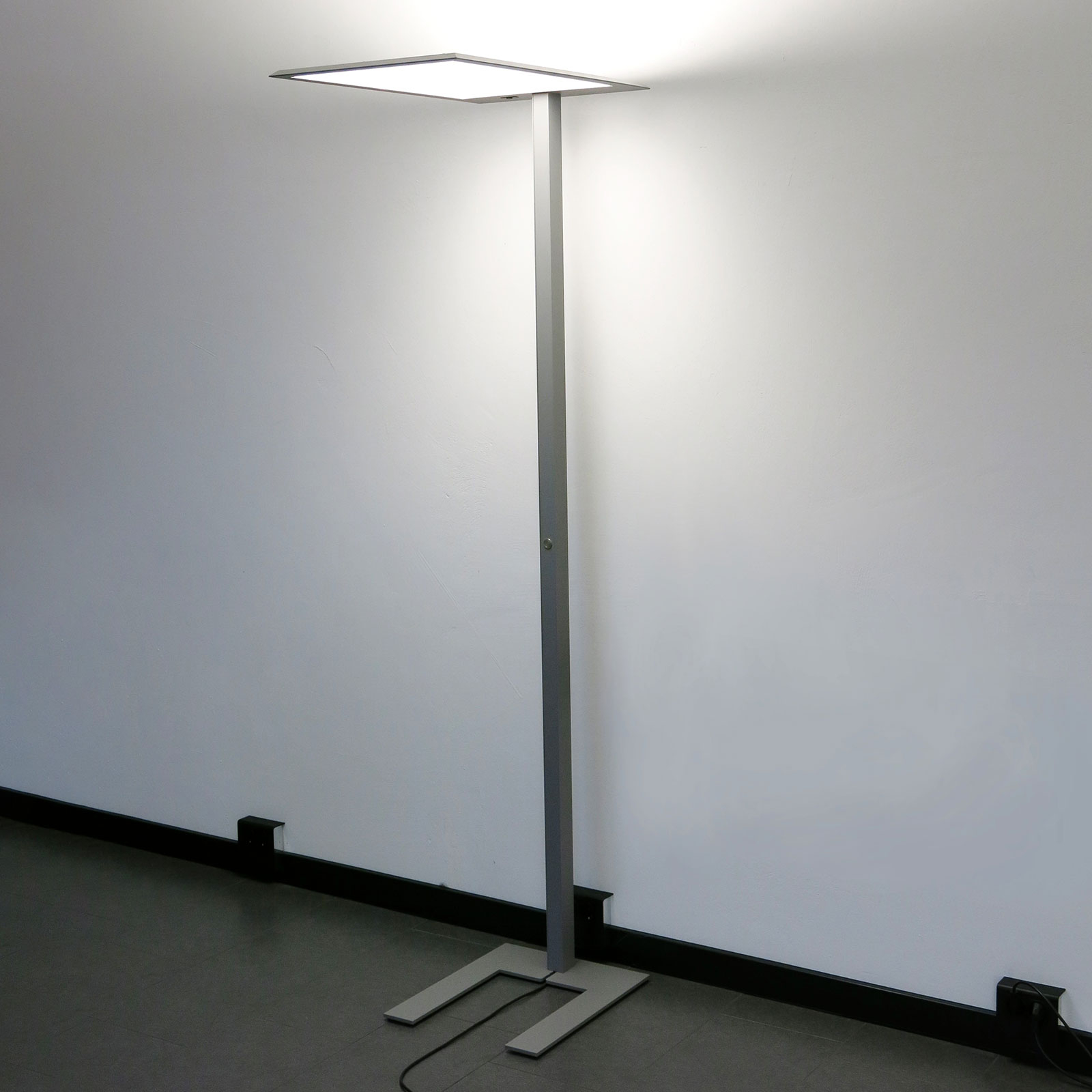 LED-Stehleuchte LEAS, 203 cm, titan, Taster