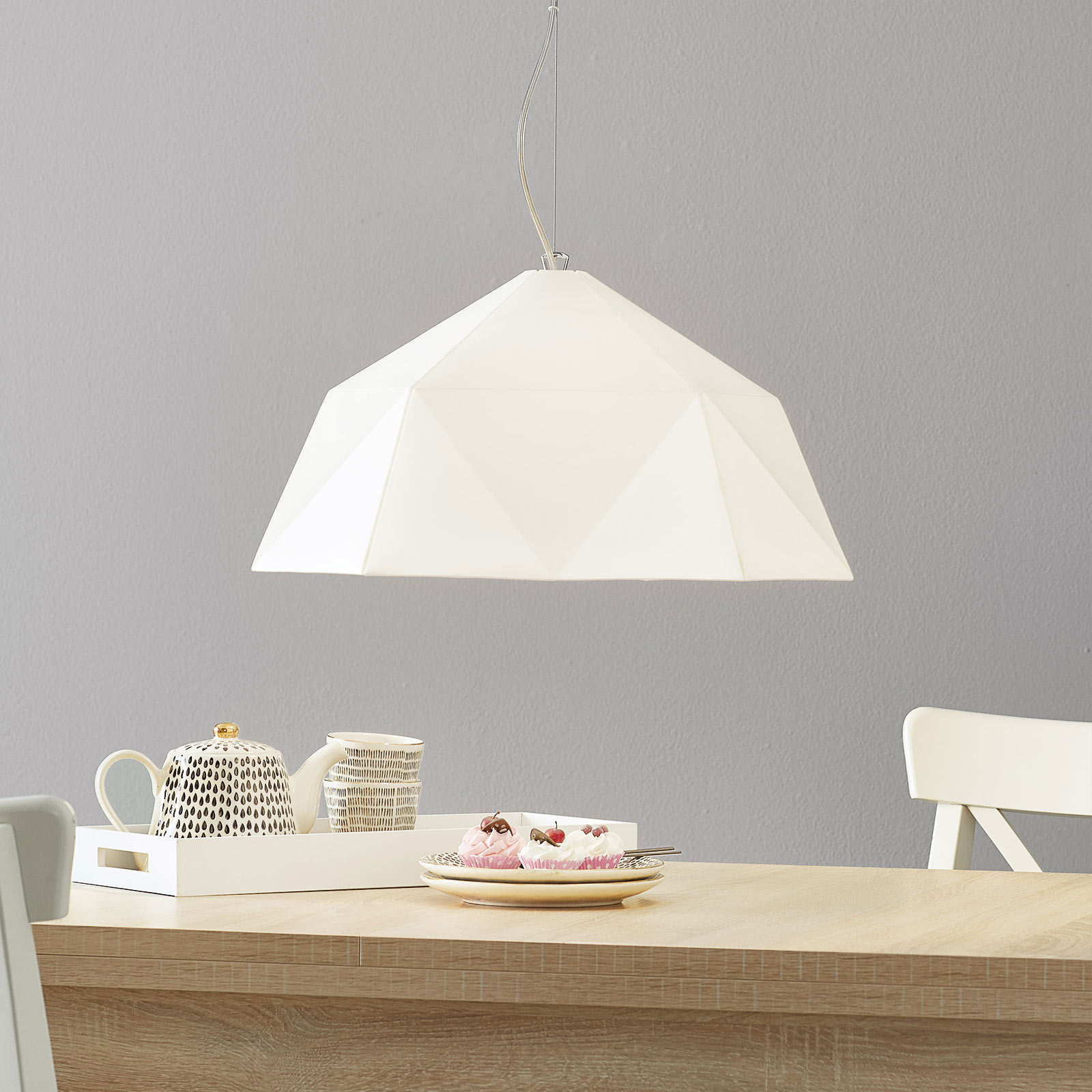 White pendant light Circus_1056082_1