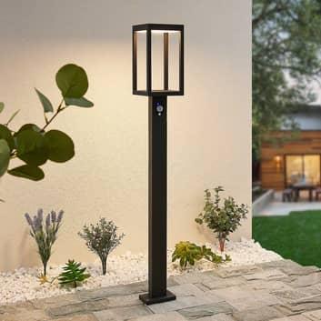 Lucande Qimka LED-gatelampe solcelle og sensor