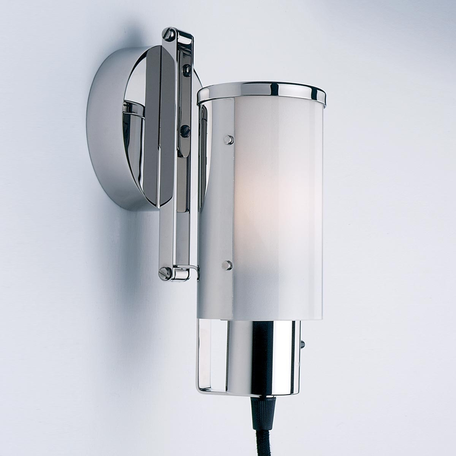 Réédition unique lampe multi-usages Wagenfeld