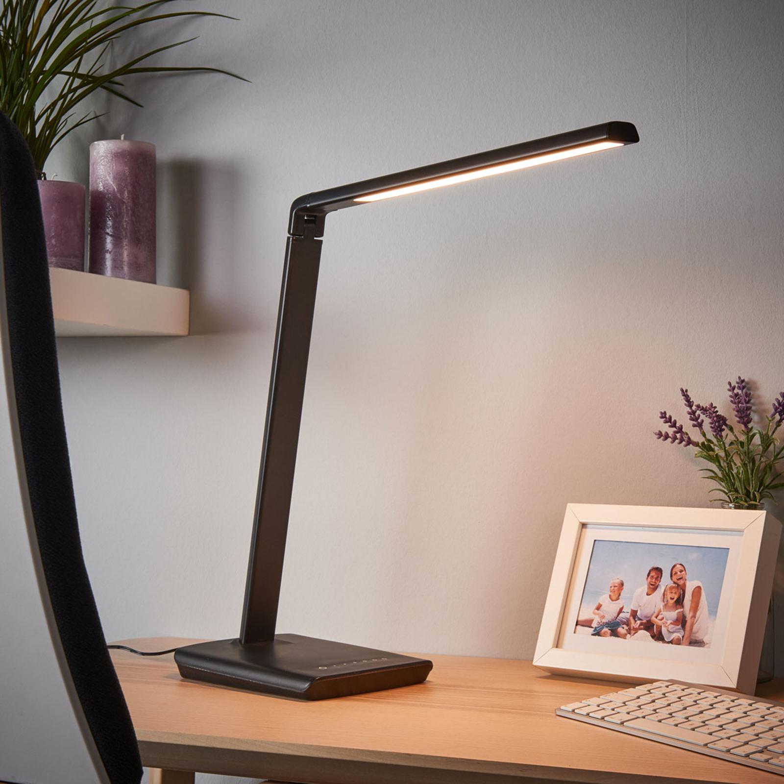 Lámpara de mesa LED Kuno con conexión USB