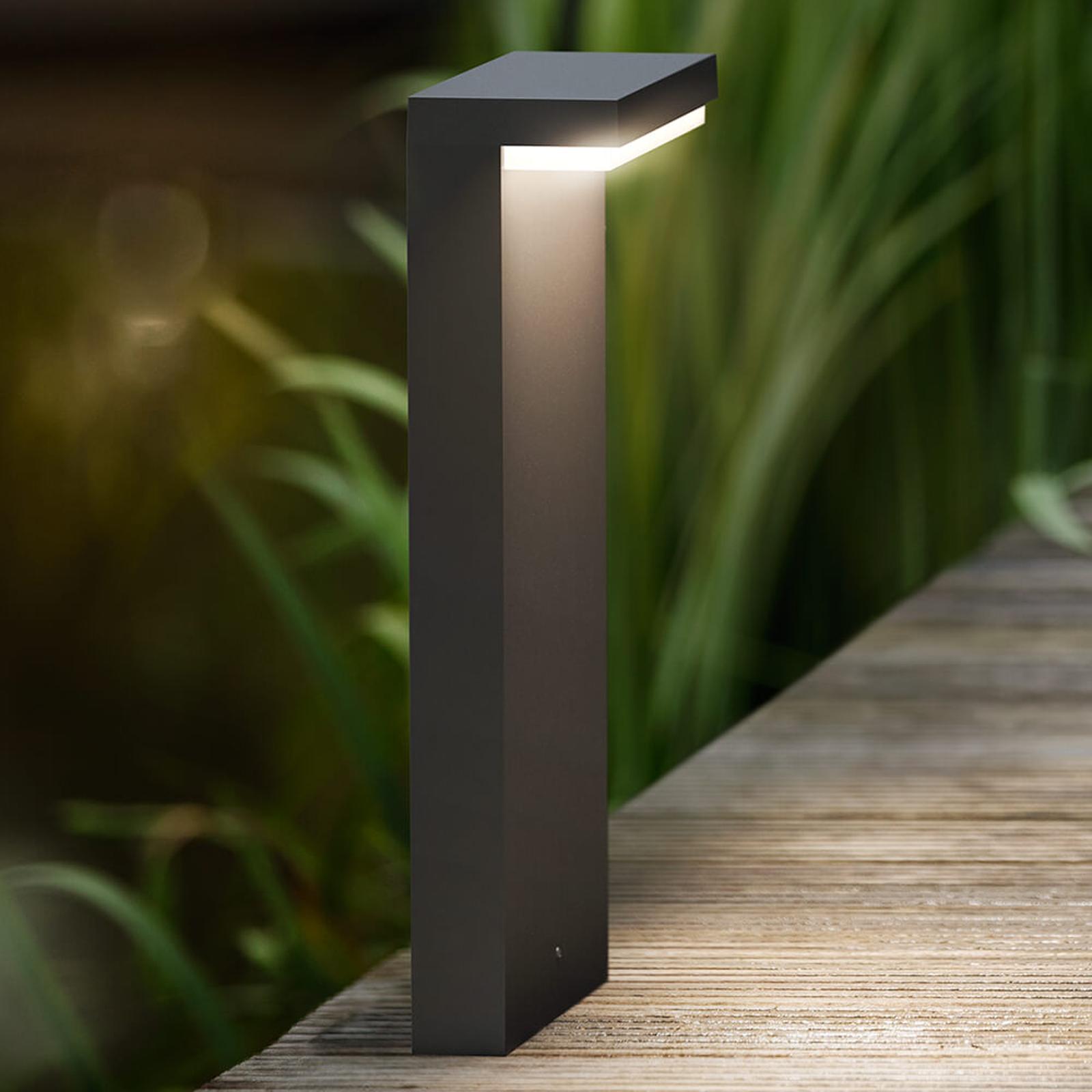 Philips Bustan LED-Sockelleuchte in kantiger Form