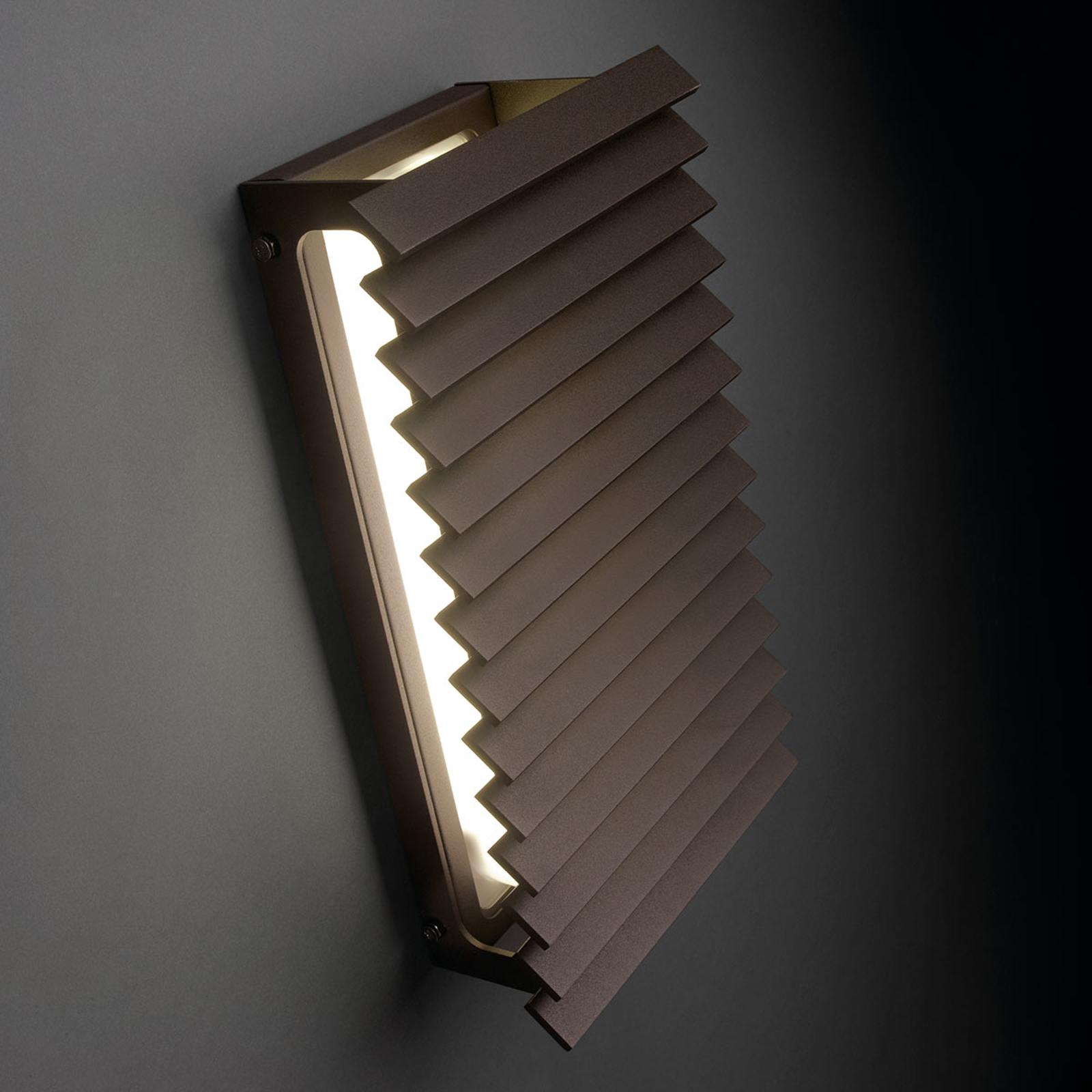 Bover Lineana V -LED-ulkoseinävalaisin, ruskea