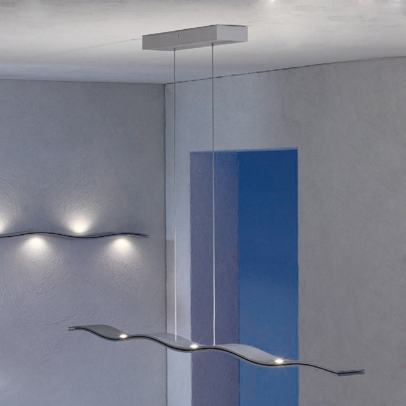 Escale Fluid – bølgeformet LED-pendellampe 100 cm