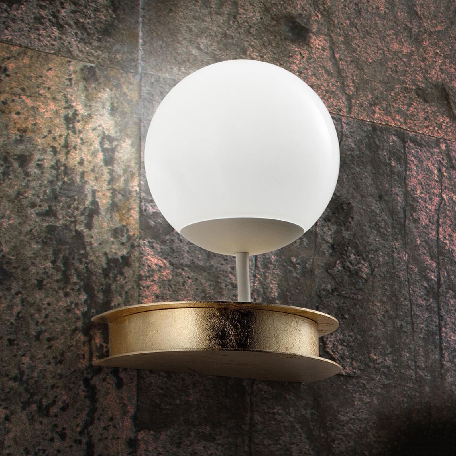 Praktfull LED-taklampe Sfera i gull