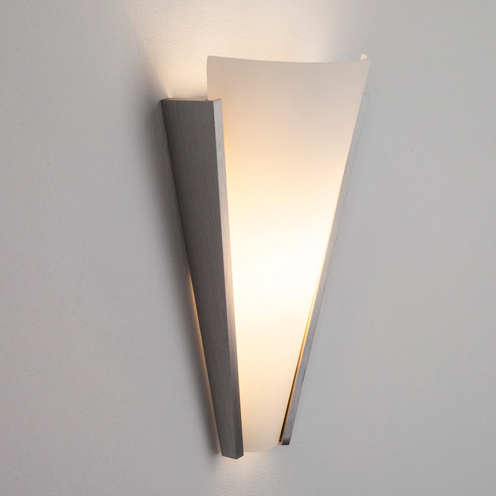Dekoracyjna szklana lampa ścienna Magnus