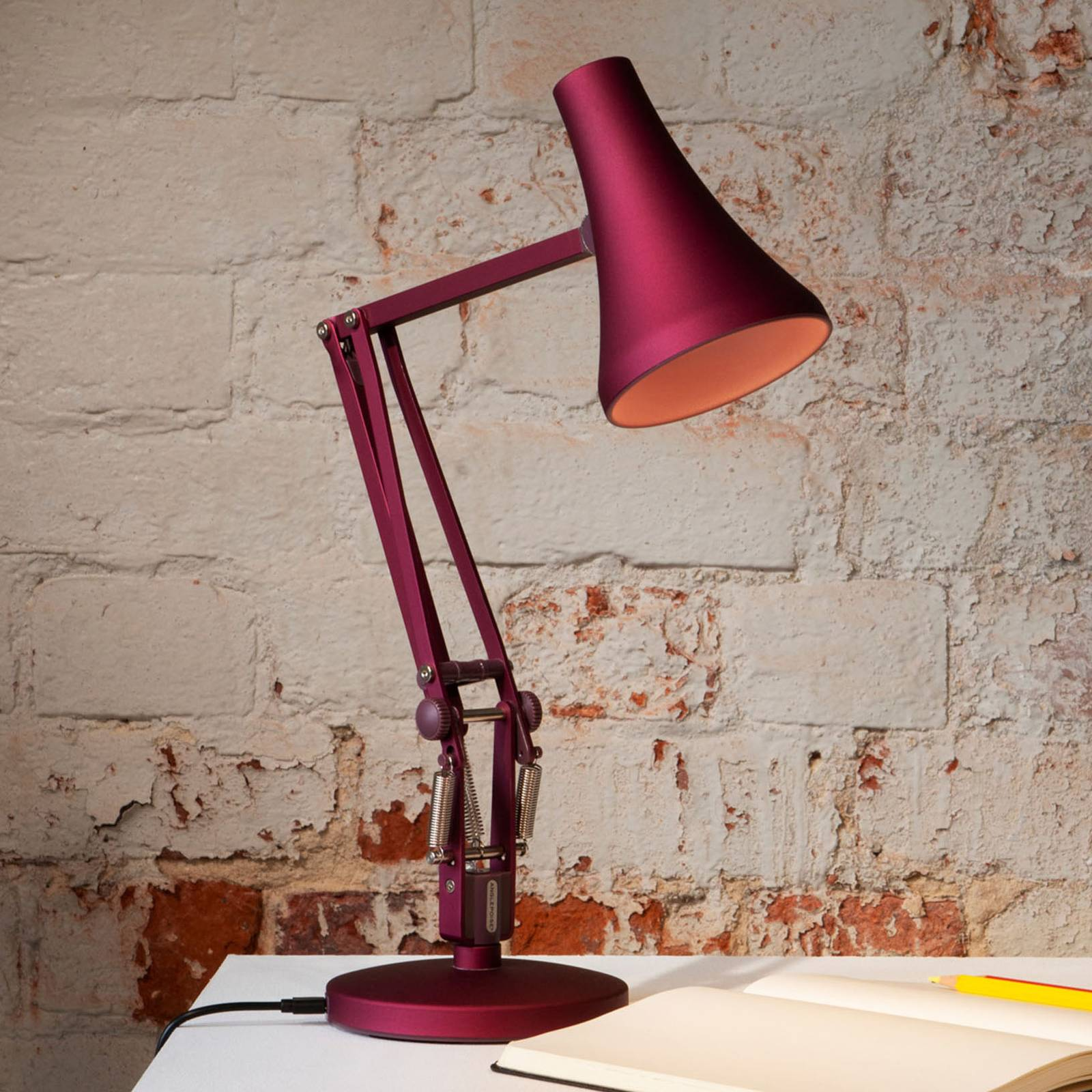 Anglepoise 90 Mini Mini lampe table LED rouge baie