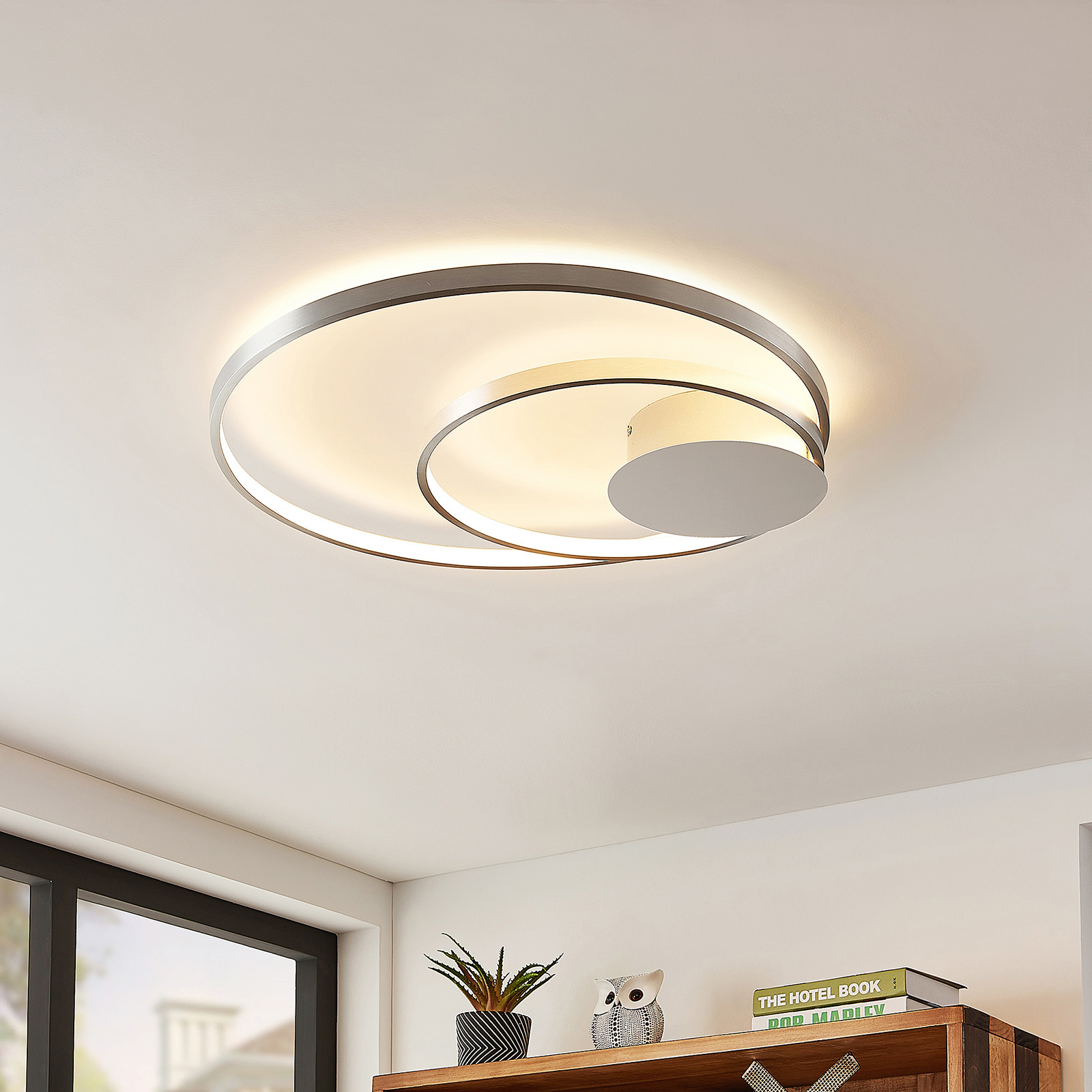 Lindby Nerwin plafonnier LED, rond, alu/chromé