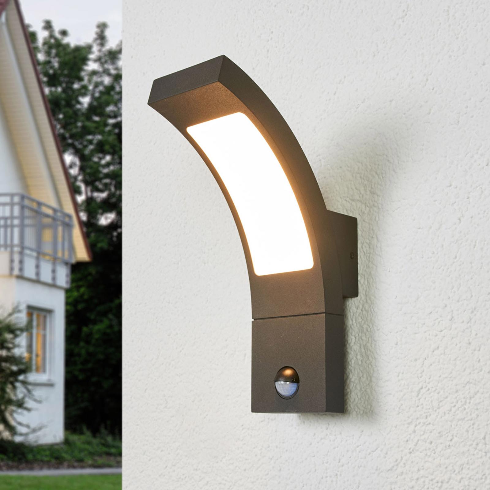 Juvia, lampa zewnętrzna LED z czujnikiem